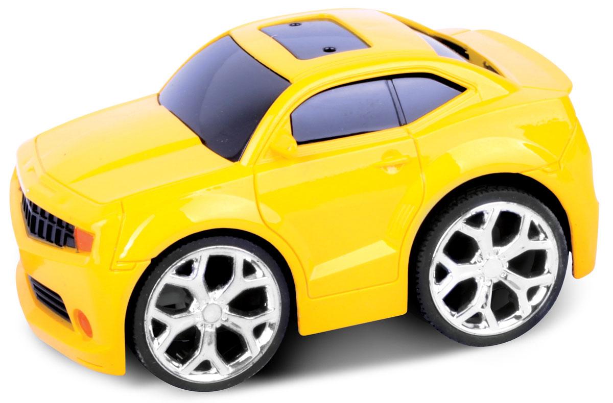 Bluesea Машинка на радиоуправлении Racing Car цвет желтый5588-08Это один из представителей яркой серии машинок Racing Car. Она проста в управлении, двигается вперед, назад, влево и вправо. Для того, чтобы начать играть, достаточно просто докупить элементов питания для машинки и пульта управления.