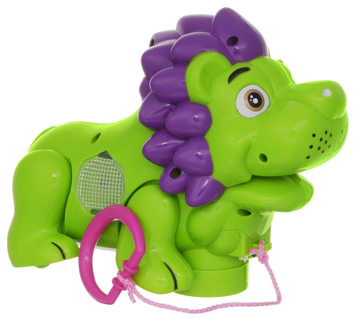Zhorya Каталка Музыкальный львенок цвет салатовыйХ75386Яркая игрушка-каталка Музыкальный львенок будет побуждать вашего ребенка к прогулкам и двигательной активности. Она подойдет для игры, как дома, так и на свежем воздухе. Игрушка со световыми и звуковыми эффектами выполнена из безопасного пластика в виде милого львенка. При движении львенок забавно двигает лапкой и головой. А ещё игрушка споет веселую песенку на русском языке и замигает яркой подсветкой. У каталки есть режим Произвольное движение. Ребенок сможет катать игрушку, потянув за текстильный шнурок. Игрушка-каталка Львенок развивает у ребенка пространственное мышление, цветовое восприятие, ловкость и координацию движений, тактильные ощущения, память, внимание и слух. Для работы игрушки необходимы 3 батарейки напряжением 1,5V типа АА (не входят в комплект).
