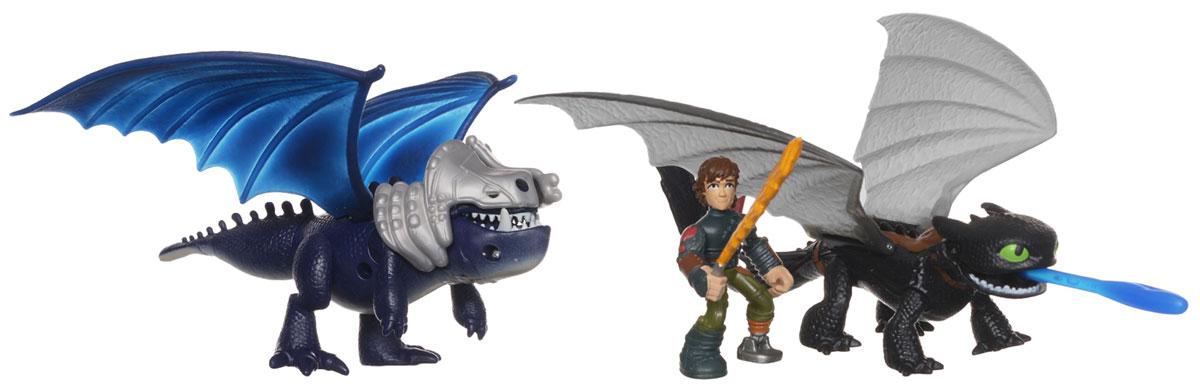 Dragons Игровой набор Беззубик и Иккинг против дракона цвет дракона зеленый66599Игровой набор Dragons Беззубик и Иккинг против дракона позволит вашему ребенку воспроизвести сцену боя, в котором Иккинг с Беззубиком сражаются против бронированного дракона. Ребенок сможет играть один или в компании, распределяя роли. Фигурка героя и драконы выполнены из прочного пластика и устойчивы к повреждениям. Беззубик метким выстрел способен сбить броню с дракона. В набор входят фигурка в виде Иккинга, меч, вставляющийся для игры в одну из рук фигурки, 2 фигурки драконов в виде Беззубика и бронированного дракона, снаряд и броня дракона. Порадуйте вашего ребенка таким замечательным подарком!