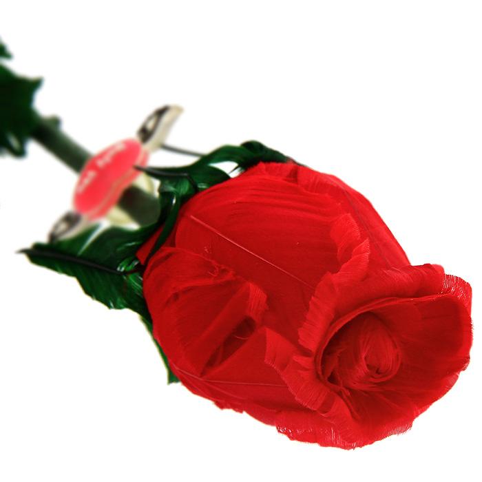 Роза из перьев Принцесса, в подарочной упаковке, цвет: красныйРППКрасная роза, выполненная вручную из натуральных перьев, станет неожиданным и оригинальным подарком к любому празднику. Цветок ароматизирован натуральным розовым маслом. Такой подарок принесет радость и удивление своему получателю, а также надолго сохранит приятные воспоминания и ощущения праздника. Характеристики: Материал: натуральные перья, металл, бумага. Длина цветка: 50 см. Размер упаковки: 5 см х 45 см х 5. Производитель: Китай. Артикул: РПК.