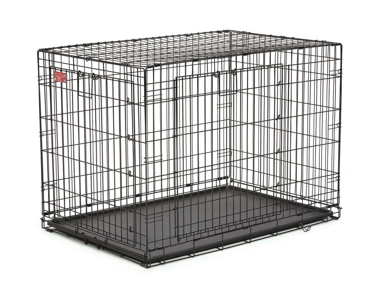 Клетка Midwest Life Stage A.C.E. 2 двери, 109,8 x 74,3 x 77,5 см442DDУстойчивая, крепкая клетка выполнена из качественного металла, обработана долговечным сатиново-черным покрытием Electro-Coat, обеспечивает безопасность животного и хозяина. Двери расположены на смежных боковых сторонах. Запатентованная Дверная система MAXLock повышает безопасность, предоставляя множество точек блокировки по периметру двери. Замок-ручка позволяет легко и удобно управлять дверью одним движением. Необходимо просто поднять ручку для разблокировки и открыть дверь. Для закрывания двери необходимо поднять ручку, установить дверь к обрешетке и опустить её в ушки защелок, закрепить ручку в нижнем положении, чтобы запереть дверь. В комплект включены: разделяющая панель, пластиковый поддон и специальные пластиковые ручки для удобной транспортировки клетки в сложенном виде. Закругленная угловая защита клетки обеспечивает безопасность питомцам и людям и не повреждает поверхность, на которой размещается. Разделяющая панель позволяет создавать универсальные отсеки. Поддон из...