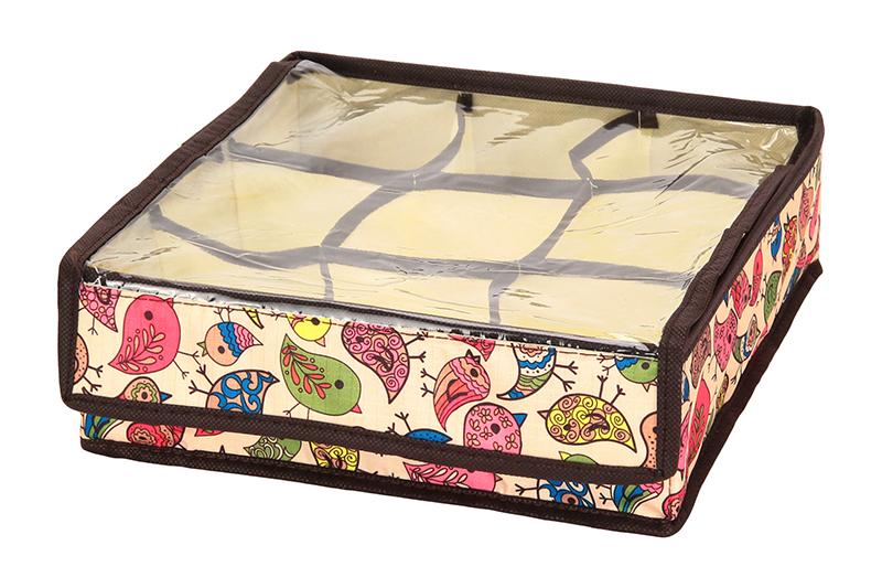 Кофр для хранения El Casa Птички, складной, 9 секций, 26 х 26 х 9 см840116Компактный складной кофр El Casa Птички изготовлен из высококачественного полиэстера, который обеспечивает естественную вентиляцию. Материал позволяет воздуху свободно проникать внутрь, но не пропускает пыль. Кофр отлично держит форму, благодаря вставкам из плотного картона. Изделие имеет 9 квадратных секций для хранения нижнего белья, колготок, носков и другой одежды. Прозрачная крышка позволяет видеть содержимое кофра, не открывая его. Такой кофр позволит вам хранить вещи компактно и удобно, а оригинальный дизайн сделает вашу гардеробную красивой и невероятно стильной.