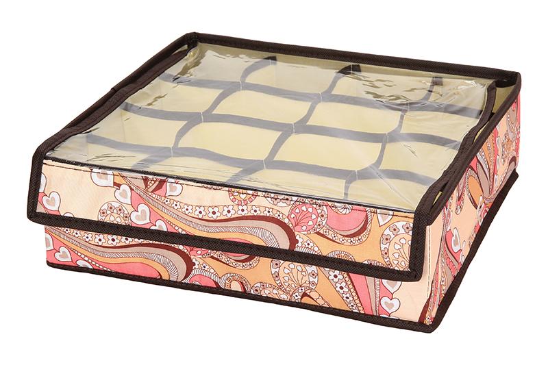 Кофр для хранения El Casa Узоры с сердечками, складной, 16 секций, 32 х 32 х 10 см840137Компактный складной кофр El Casa Узоры с сердечками изготовлен из высококачественного полиэстера, который обеспечивает естественную вентиляцию. Материал позволяет воздуху свободно проникать внутрь, но не пропускает пыль. Кофр отлично держит форму, благодаря вставкам из плотного картона. Изделие имеет 16 квадратных секций для хранения нижнего белья, колготок, носков и другой одежды. Прозрачная крышка позволяет видеть содержимое кофра, не открывая его. Такой кофр позволит вам хранить вещи компактно и удобно, а оригинальный дизайн сделает вашу гардеробную красивой и невероятно стильной.
