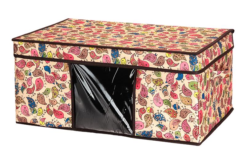 Кофр для хранения El Casa Птички, складной, 58 х 38 х 26 см840054Компактный складной кофр El Casa Птички изготовлен из высококачественного полиэстера, который обеспечивает естественную вентиляцию, позволяя воздуху проникать внутрь, но не пропуская пыль. Предназначен для хранения одежды и домашнего текстиля. Съемная вставка и стенки из плотного картона хорошо держат форму. Кофр оснащен 2 удобными ручками, которые позволяют использовать его в качестве выдвижного ящика в гардеробе или шкафу. Изделие закрывается откидной крышкой. Прозрачная вставка из ПВХ позволяет легко просматривать содержимое. Оригинальный дизайн сделает вашу гардеробную красивой и невероятно стильной. Размер кофра (в собранном виде): 58 х 38 х 26 см.