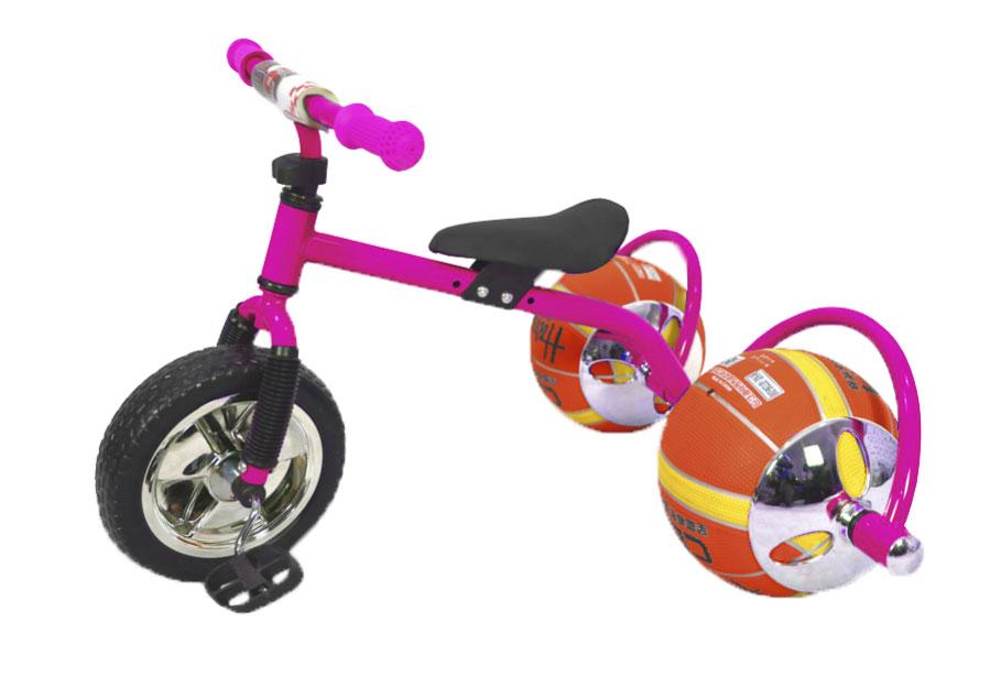 Bradex Велосипед детский Баскетбайк цвет розовыйDE 0106Велосипед Bradex - одно из самых простых и вместе с тем совершенных изобретений человечества. О своем велосипеде мечтает каждый ребенок. Что может сделать его лучше? Только мяч в виде колеса! Почему бы не совместить все лучшее в спорте в одном предмете? Удобно, практично, не занимает много места, а главное - надежно. Угнать такой байк - невозможно. Пока ваш ребенок играет с друзьями в мяч, его велосипед будет в полной безопасности. Средство передвижения выдерживает до 30 килограмм и подарит малышу множество счастливых спортивных часов. Увлеченный игрой он и не заметит, как улучшится работа легких, ноги станут более натренированными, улучшится координация, а сам он приобретет полезную привычку – заниматься спортом, которая улучшит его жизнь. Подарите своему ребенку шанс на здоровое, счастливое будущее. Увлеките его спортом, с помощью оригинального велосипеда с мячами вместо колес!