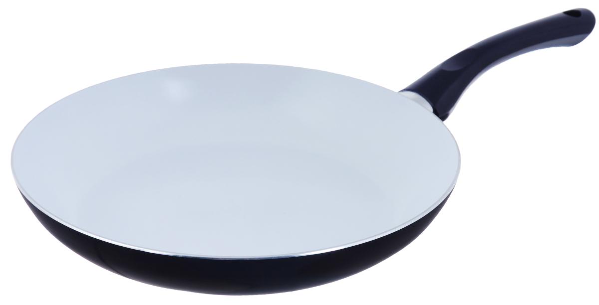 Сковорода Bekker, с керамическим покрытием, цвет: синий. Диаметр 28 см. BK-3704BK-3704_ синийСковорода Bekker изготовлена из алюминия с внутренним керамическим покрытием. Благодаря этому пища не пригорает и не прилипает к стенкам. Готовить можно с минимальным количеством масла и жиров. Гладкая поверхность обеспечивает легкость ухода за посудой. Внешнее покрытие - цветной жаростойкий лак. Изделие оснащено удобной бакелитовой ручкой, которая не нагревается в процессе готовки. Сковорода подходит для использования на всех типах кухонных плит, кроме индукционных, а также ее можно мыть в посудомоечной машине. Высота стенки: 5 см. Диаметр: 28 см. Длина ручки: 18 см.