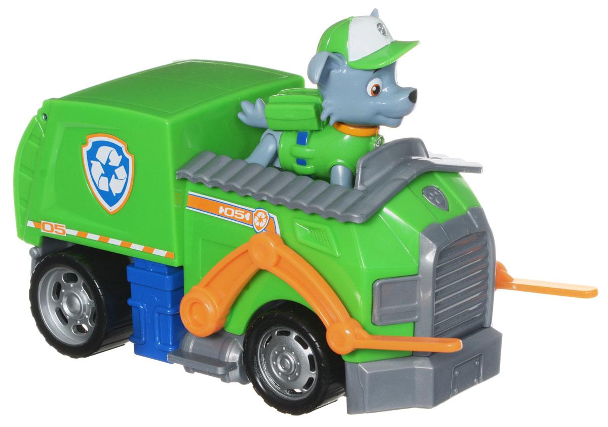 Paw Patrol Игровой набор Мусоровоз спасателя и щенок Рокки16601 RockysИгровой набор Paw Patrol Мусоровоз спасателя и щенок Рокки станет отличным подарком маленьким поклонникам знаменитого мультсериала. В набор входит фигурка Рокки - это беспородный щенок, занимающийся переработкой отходов, и его машина. Рокки способен переработать что угодно, из любого мусора сделать что-то полезное. Он отличается умом, сообразительностью и находчивостью, всегда полон энтузиазма. Рокки ездит на зелёном мусоровозе, который не только перерабатывает отходы, но и хранит инструменты, необходимые для спасательных операций. Фигурку собачки можно поместить в кабину машины и катать. У машины крутятся колеса, открывается контейнер, и поднимаются держатели для мусора. У собачки подвижные лапы и голова. Ваш малыш будет часами играть с этим набором, придумывая разные истории. Сделайте ему такой замечательный подарок! Щенячий патруль - канадский анимационный мультфильм, созданный Кит Чэпман. Первая серия мультфильма была показана в августе 2013 года. ...