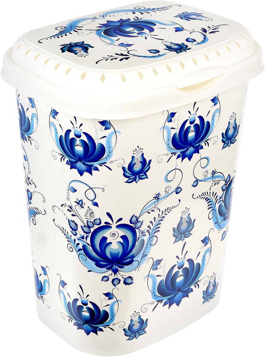 Корзина для белья Violet Гжель, с крышкой, цвет: белый, синий, 55 л1960/78Вместительная корзина Violet Гжель, изготовленная из прочного цветного пластика, оформлена цветочными узорами и оснащена откидной крышкой. Изделие отлично подойдет для хранения белья перед стиркой. Такая корзина для белья прекрасно впишется в интерьер ванной комнаты.