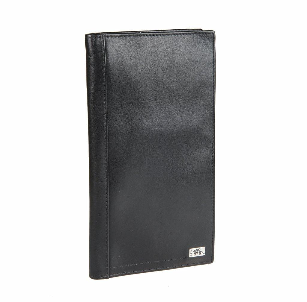 Обложка для авиадокументов Mano, цвет: черный. Rus12/100012Rus12/100012 black nappaСтильная обложка для авиадокументов Mano изготовлена из натуральной кожи с гладкой фактурой, оформлена металлической пластиной с гравировкой в виде логотипа бренда. Изделие раскладывается пополам. Внутри изделия расположены: отделение для купюр, карман для монет на застежке-молнии, три потайных кармашка, два сетчатых кармана, отделение для мелких предметов, закрывающееся клапаном на кнопку, девять кармашков для пластиковых карт, отделение для документов, отделение для авторучки. Снаружи, на задней стороне изделия расположен вместительный сетчатый карман. Практичная обложка для авиадокументов станет незаменимым аксессуаром для путешествий.
