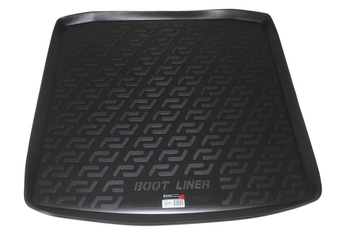 Коврик в багажник L.Locker, для Volkswagen Golf IV Variant (-06)0101050801Коврик L.Locker производится индивидуально для каждой модели автомобиля из современного и экологически чистого материала. Изделие точно повторяют геометрию пола автомобиля, имеет высокий борт, обладает повышенной износоустойчивостью, антискользящими свойствами, лишен резкого запаха и сохраняет свои потребительские свойства в широком диапазоне температур (от -50°С до +80°С).