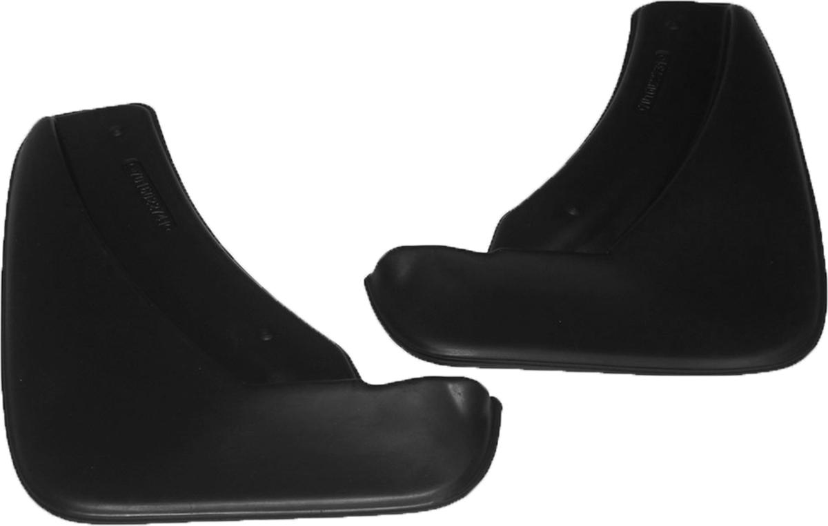 Комплект задних брызговиков L.Locker, для Skoda Octavia III (13-)7016022761Брызговики L.Locker изготовлены из высококачественного полиуретана. Уникальный состав брызговиков допускает их эксплуатацию в широком диапазоне температур: от -50°С до +80°С. Эффективно защищают кузов автомобиля от грязи и воды - формируют аэродинамический поток воздуха, создаваемый при движении вокруг кузова таким образом, чтобы максимально уменьшить образование грязевой измороси, оседающей на автомобиле. Разработаны индивидуально для каждой модели автомобиля, с эстетической точки зрения брызговики являются завершением колесной арки.