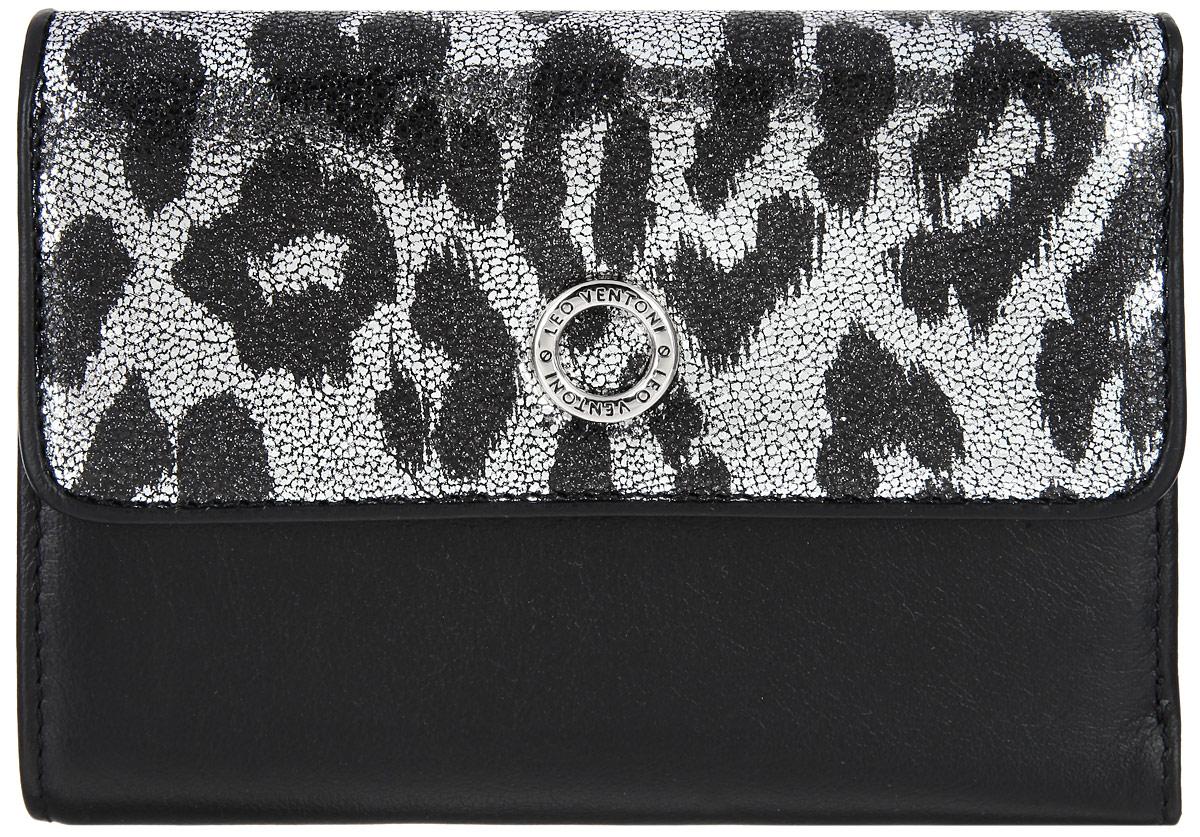 Кошелек женский Leo Ventoni, цвет: черный. серебряный. L330544L330544-nero/silverЭлегантный кошелек Leo Ventoni выполнен из натуральной кожи и дополнен металлической фурнитурой. Внутренняя часть изделия из полиэстера. Кошелек застегивается клапаном на застежку-кнопку. Клапан оформлен лазерной обработкой с принтом под леопард. Внутри - три отделения для купюр, шесть карманов для кредитных и дисконтных карт, боковой кармашек для мелочей, а также один карман с прозрачным пластиковым окошком. Снаружи имеется один карман на металлической застежке-молнии для мелочи, который состоит из двух отсеков, разделенных перегородкой. Изделие поставляется в фирменной коробке с логотипом бренда. Стильный кошелек Leo Ventoni станет отличным подарком для человека, ценящего качественные и практичные вещи.