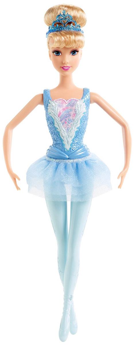 Disney Princess Кукла Принцесса-балерина Золушка цвет наряда голубойCGF30_CGF31Кукла Disney Princess Принцесса-балерина Золушка порадует вашу малышку и доставит ей много удовольствия от часов, посвященных игре с ней. Куколка со светлыми волосами одета в красивое бальное платье голубого цвета, на ногах - голубые балетки. Ручки, ножки и голова куклы подвижны. Голову куклы украшает тиара. Благодаря играм с куклой, ваша малышка сможет развить фантазию и любознательность, овладеть навыками общения и научиться ответственности. Девочка сможет часами играть с этой милой куколкой, придумывая различные истории.