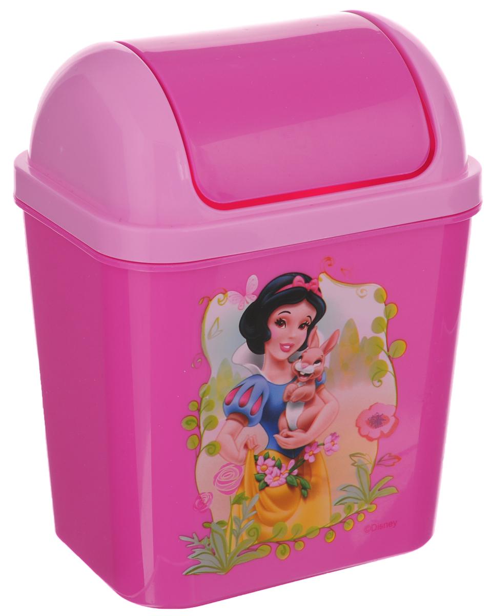 Контейнер для мусора Полимербыт Принцессы. Феи, 800 млС49155Детский контейнер для мусора Полимербыт Принцессы. Феи выполнен из высококачественного пластика и украшен изображением героя мультфильма. Изделие оснащено плавающей крышкой. Такой контейнер подойдет для выбрасывания небольших отходов, таких как бумага, стружка карандаша, фантики. Размер контейнера (с учетом крышки): 11,5 х 8 х 15 см. Размер контейнера (без учета крышки): 11,5 х 8 х 11 см.
