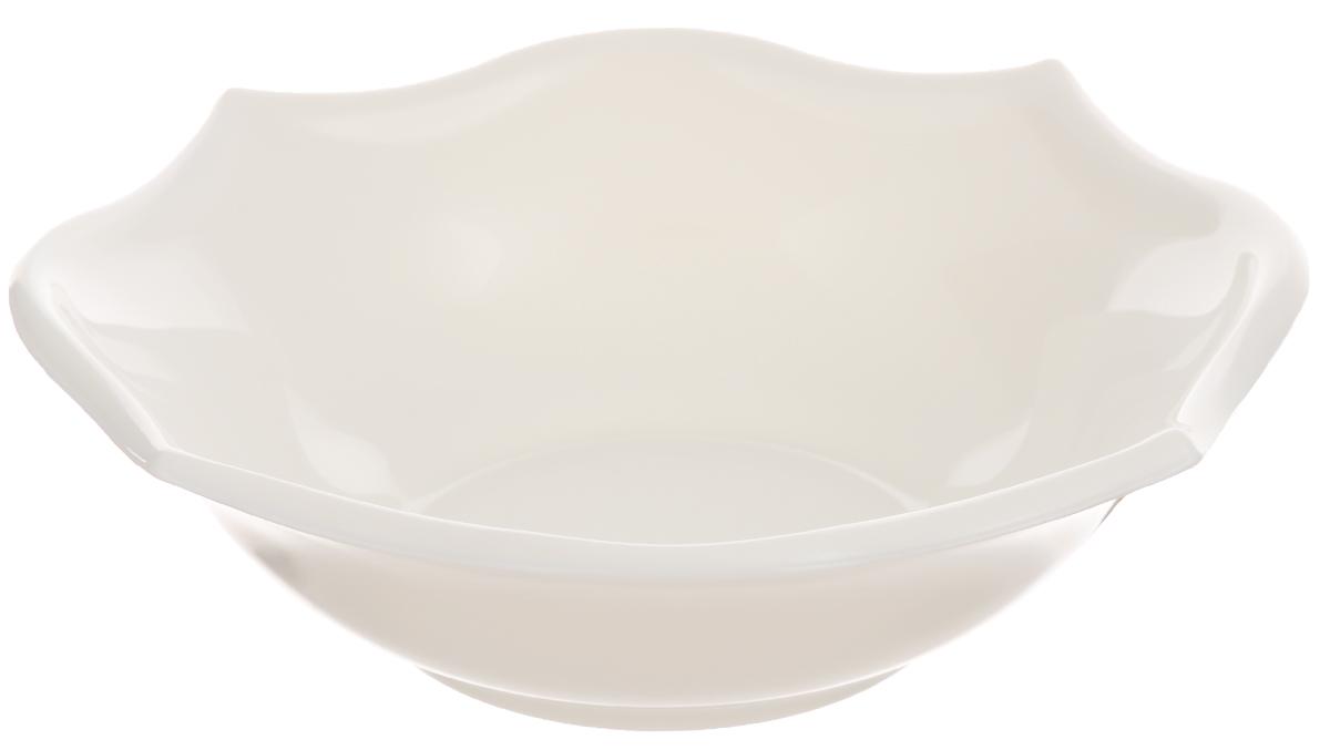 Миска Luminarc Louisa, диаметр 17 смJ1747Миска Luminarc Louisa выполнена из высококачественного стекла. Изделие сочетает в себе изысканный дизайн с максимальной функциональностью. Она прекрасно впишется в интерьер вашей кухни и станет достойным дополнением к кухонному инвентарю. Миска Louisa подчеркнет прекрасный вкус хозяйки и станет отличным подарком. Диаметр миски (по верхнему краю): 17 см.
