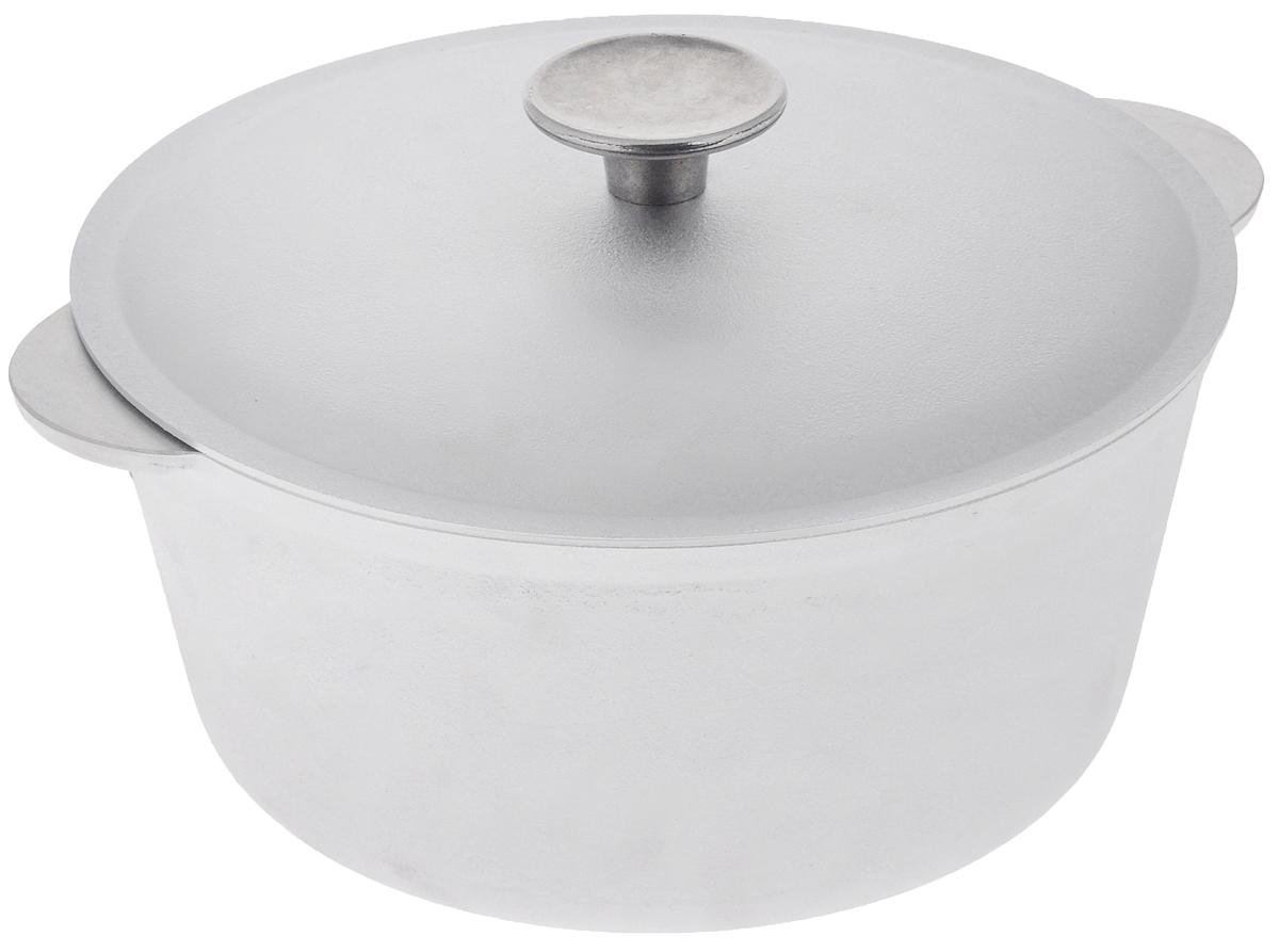 Кастрюля Биол с крышкой, 3 лК0300Кастрюля Биол изготовлена из литого алюминия. Изделие оснащено плотно прилегающей алюминиевой крышкой, позволяющей сохранить аромат готовящегося блюда. Кастрюля снабжена эргономичными ручками. Нельзя оставлять приготовленную пищу в посуде для хранения. Кастрюлю можно использовать на газовых, электрических и стеклокерамических плитах. Рекомендовано мыть вручную. Высота стенки: 10,5 см. Ширина (с учетом ручек): 26,5 см. Диаметр по верхнему краю: 22 см.