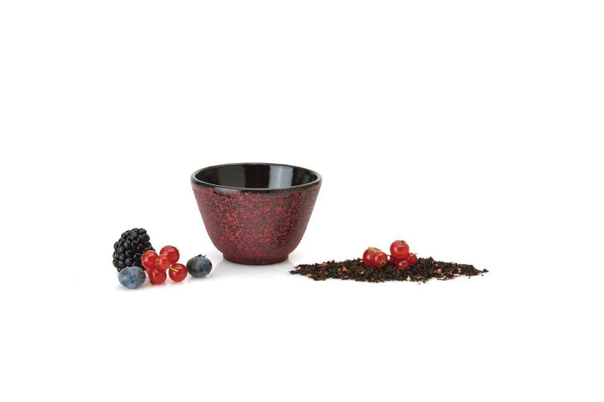 Пиала BergHOFF Studio , чугунная, цвет: темно-красный, 0,1 л, 2шт1107054Чайник Studio изготовлен из чугуна, благодаря которому сохраняет чай дольше горячим. Кроме того, благодаря равномерному распределению тепла в чугуне, улучшается натуральный вкус чайных листьев. Мелкосетчатый фильтр позволяет наслаждаться чаем без докучливых чаинок в Вашей чашке. Внутреннее покрытие из прочной эмали обеспечивает защиту от коррозии. Рекомендована ручная мойка. Упакован в подарочную коробку.