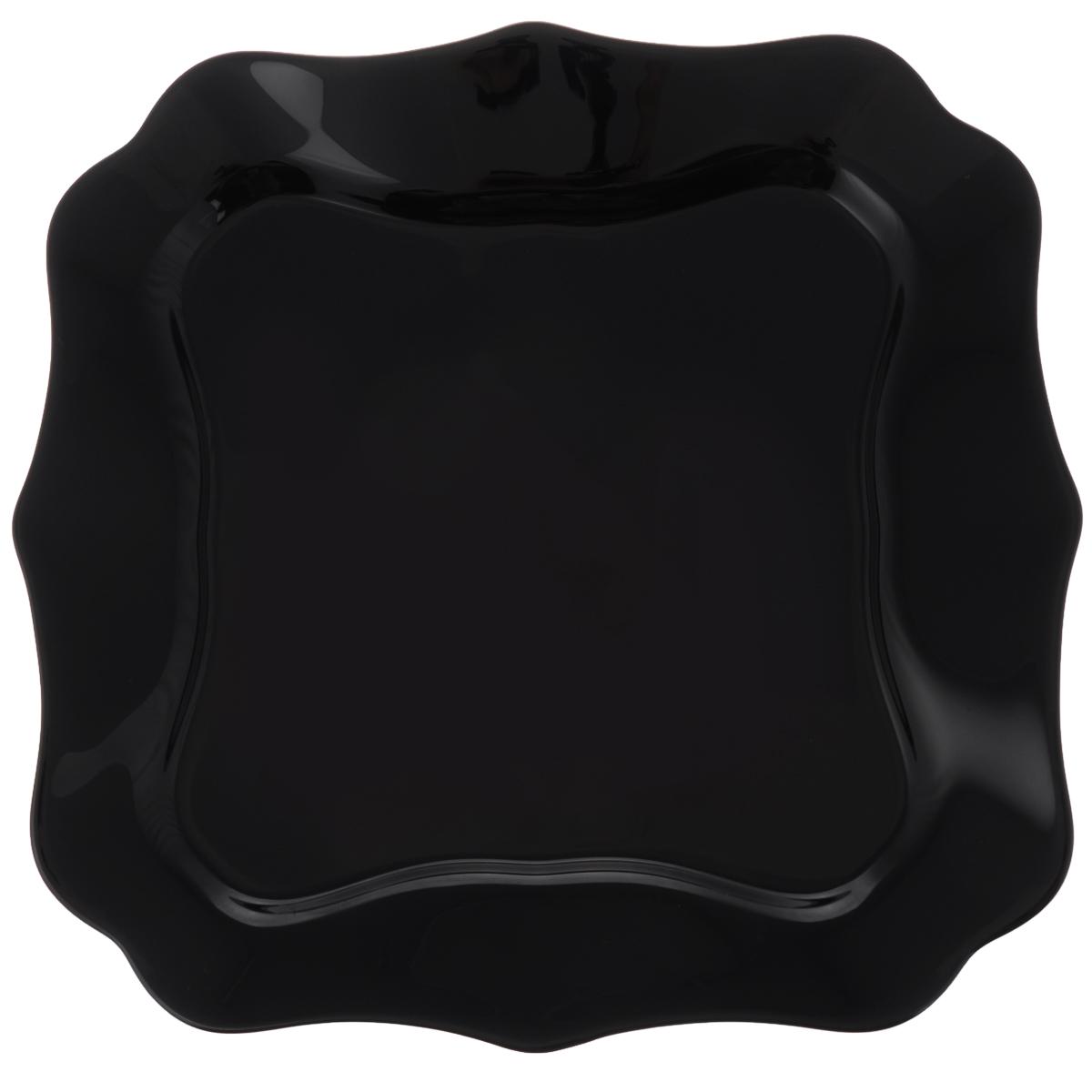 Тарелка десертная Luminarc Authentic Black, 21 х 21 смJ1336Десертная тарелка Luminarc Authentic Black, изготовленная из ударопрочного стекла, имеет изысканный внешний вид. Такая тарелка прекрасно подходит как для торжественных случаев, так и для повседневного использования. Идеальна для подачи десертов, пирожных, тортов и многого другого. Она прекрасно оформит стол и станет отличным дополнением к вашей коллекции кухонной посуды. Размер тарелки (по верхнему краю): 21 х 21 см.
