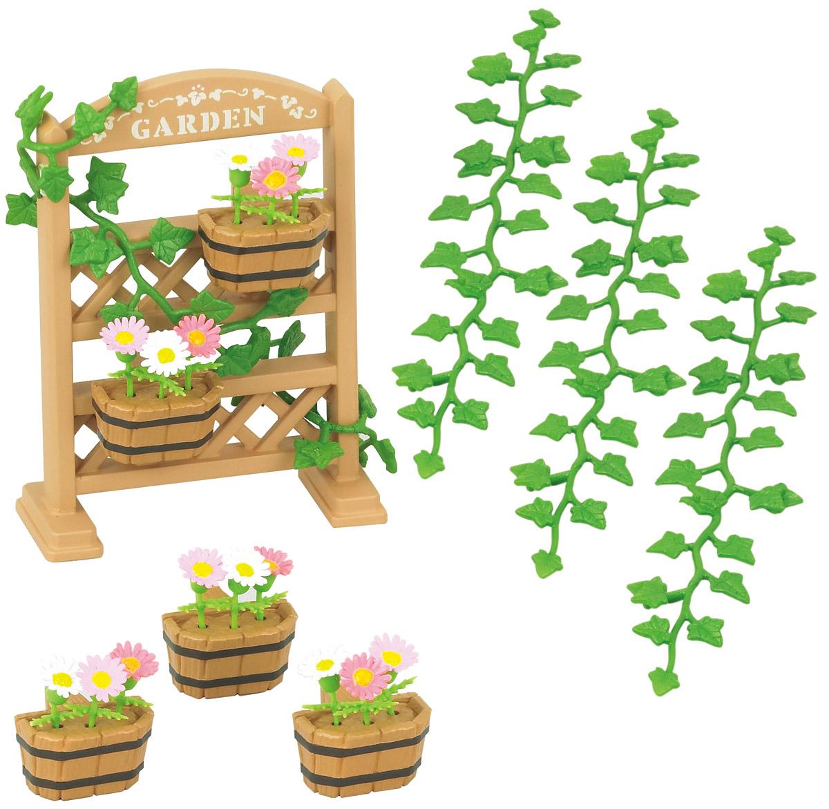 Sylvanian Families Игровой набор Садовый декор5224KИгровой набор Sylvanian Families Садовый декор не оставит равнодушным ни одну малышку. В комплект входят подставка для цветочных горшков, 5 цветочных кашпо, 15 цветов, 4 веточки плюща. Такой садовый декор подойдет любому семейству Sylvanian. Набор подходит для сюжетно-ролевых игр малыша, развивает мелкую моторику, координацию движения, фантазию, мышление и воображение малыша. Набор станет прекрасным дополнением к серии Sylvanian Families. Все элементы выполнены с невероятной тщательностью из безопасных материалов. КомпанияSylvanian Families была основана в 1985 году, в Японии. Sylvanian Families очень популярна в Европе и Азии и, за долгие годы существования, компания смогла добиться больших успехов. 3 года подряд в Англии бренд Sylvanian Families был признан Игрушкой Года. Сегодня у героев Sylvanian Families есть собственное шоу, полнометражный мультфильм и сеть ресторанов, работающая по всей Японии. Sylvanian Families - это целый мир маленьких...