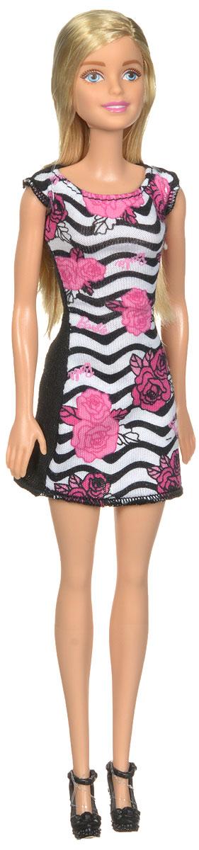 Barbie Кукла цвет платья черный розовый белыйT7439_DGX59Кукла Barbie - любимица девочек по всему миру, она непременно приведет в восторг вашу малышку. Очаровательная кукла одета в стильное платье, оформленное оригинальным цветочным принтом. На ногах у нее - модные босоножки. Вашей дочурке непременно понравится расчесывать и заплетать длинные белокурые волосы куклы, придумывая различные прически. Руки, ноги и голова куклы подвижны, благодаря чему ей можно придавать разнообразные позы. Игры с куклой способствуют эмоциональному развитию ребенка, а также помогают формировать воображение и художественный вкус.