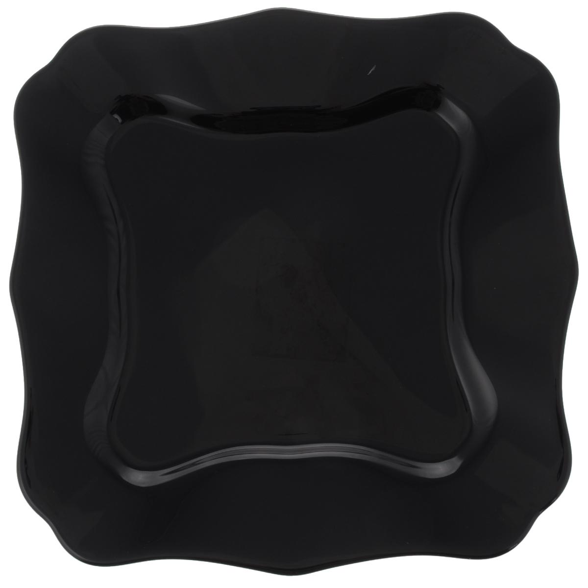 Тарелка обеденная Luminarc Authentic Black, 26 х 26 смJ1335Обеденная тарелка Luminarc Authentic Black, изготовленная из высококачественного стекла, имеет изысканный внешний вид. Яркий дизайн придется по вкусу и ценителям классики, и тем, кто предпочитает утонченность. Тарелка Luminarc Authentic Black идеально подойдет для сервировки стола и станет отличным подарком к любому празднику. Размер тарелки (по верхнему краю): 26 х 26 см.