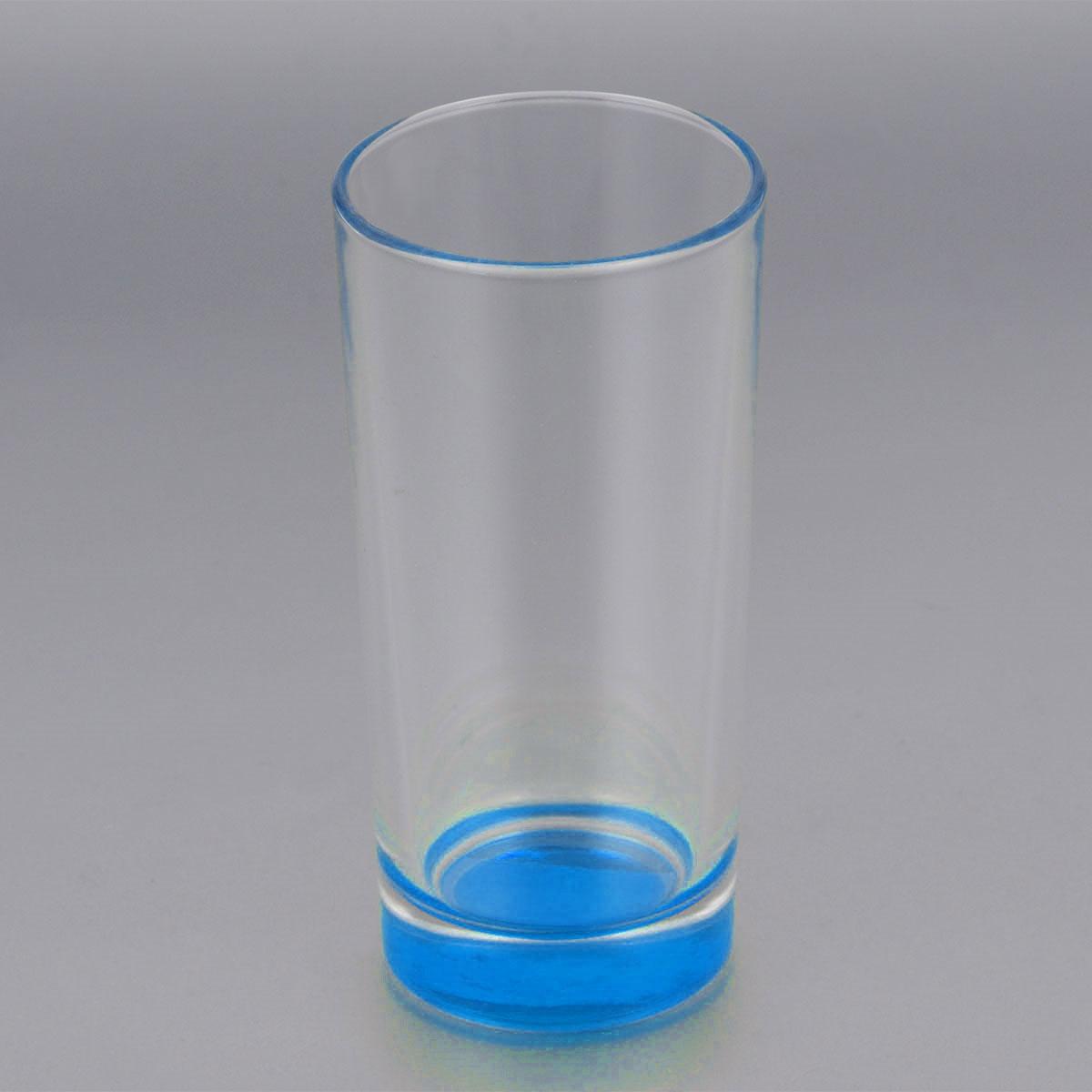 Стакан высокий ОСЗ Лак, цвет: синий, 280 мл03С1018 ЛМ_синийВысокий стакан ОСЗ Лак изготовлен из высококачественного стекла, которое изысканно блестит и переливается на свету. Дно стакана окрашено. Стакан прозрачный, но при его наклоне создается оптическая иллюзия того, что и сам стакан окрашен. Такой стакан отлично дополнит вашу коллекцию кухонной утвари и порадует вас ярким необычным дизайном и практичностью. Диаметр стакана: 7 см. Высота стакана: 14 см.