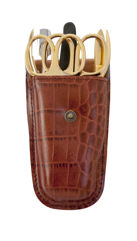 Zinger Маникюрный набор zMs Z-4-G-SF11277Ман. набор 6 предметов (ножницы кутикульные, кусачки маникюрные, пилка алмазная, металлический двусторонний шабер , пинцет). Чехол натуральная кожа. Цвет инструментов - глянцевая позолота. Оригинальня фирменная коробка