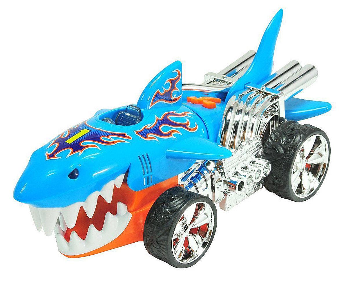 Hot Wheels Машинка Экстремальные гонки Акула90510TS_голубойЯркая машинка Hot Wheels Экстремальные гонки со звуковыми эффектами, несомненно, понравится вашему ребенку и не позволит ему скучать. Автомобиль с уникальным дизайном сделает любую игру мальчика захватывающей и интересной, ведь машина не только едет, некоторые ее части двигаются! Машина представлена в виде акулы. При нажатии на кнопки, расположенные на крыше, воспроизводятся звуки мотора, открывается пасть акулы, мигает яркий свет. Колеса машинки прорезинены. Ваш ребенок часами будет играть с машинкой, придумывая различные истории и устраивая соревнования. Порадуйте его таким замечательным подарком! Для работы необходимо 3 типа AАА (товар комплектуется демонстрационными).