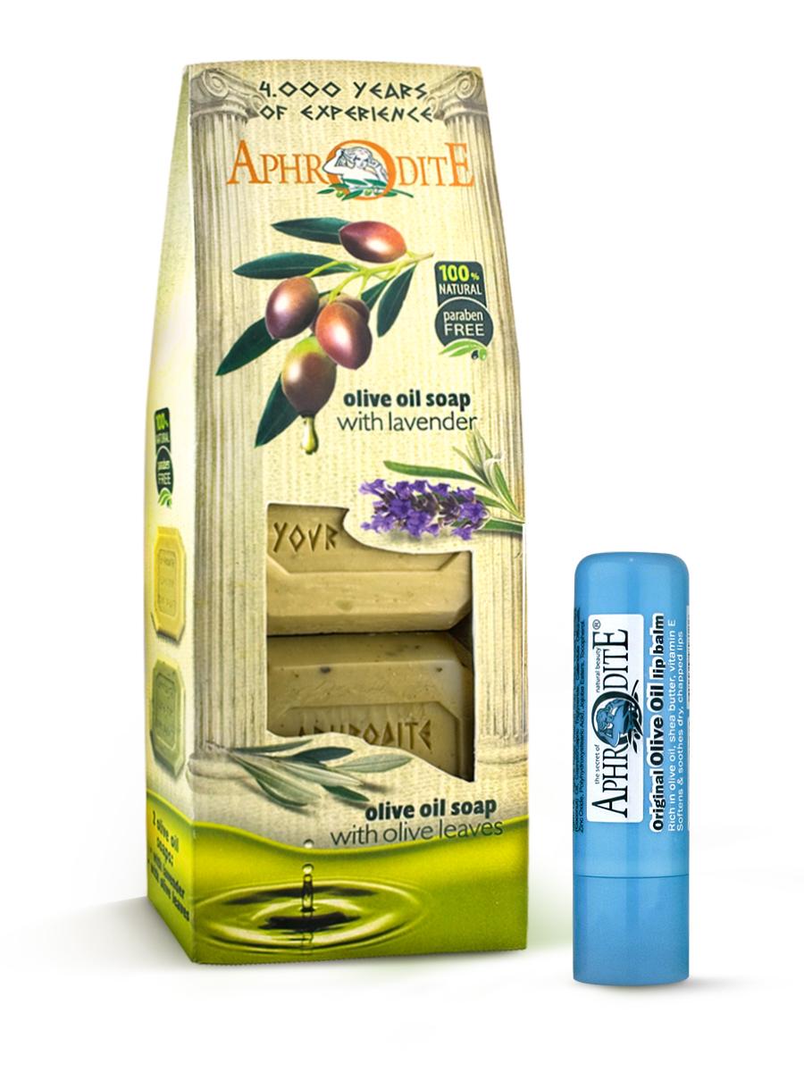 AphrOdite Косметический набор: оливковое мыло лаванда/розмарин 220 г + гигиеническая помада 4 млZ-4B+Z-52Набор сочетает в себе оливковое мыло для двух разных типов кожи: жирной и сухой. Обладающее антисептическими свойствами мыло с розмарином хорошо очистит жирную кожу, а лаванда быстро восполнит недостаток увлажнения сухой кожи. Гигиеническая помада изготовлена по оригинальным (с соблюдением всех традиций) технологиям из натуральных ингредиентов без химических добавок. Не содержит парабенов и животных жиров, не тестируется на животных. Гигиеническая помада с органическим оливковым маслом эффективно увлажняет и питает нежную кожу губ.