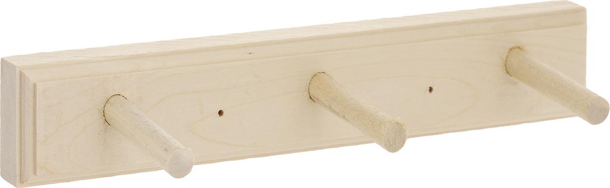 Вешалка настенная Proffi Sauna, цвет: натуральное дерево, 3 крючкаPS0019Настенная вешалка Proffi Sauna является не только функциональным элементом, но и прекрасно украсит интерьер бани или сауны. Изделие изготовлено из дерева. Вешалка оснащена тремя крючками, на которые вы сможете повесить одежду.