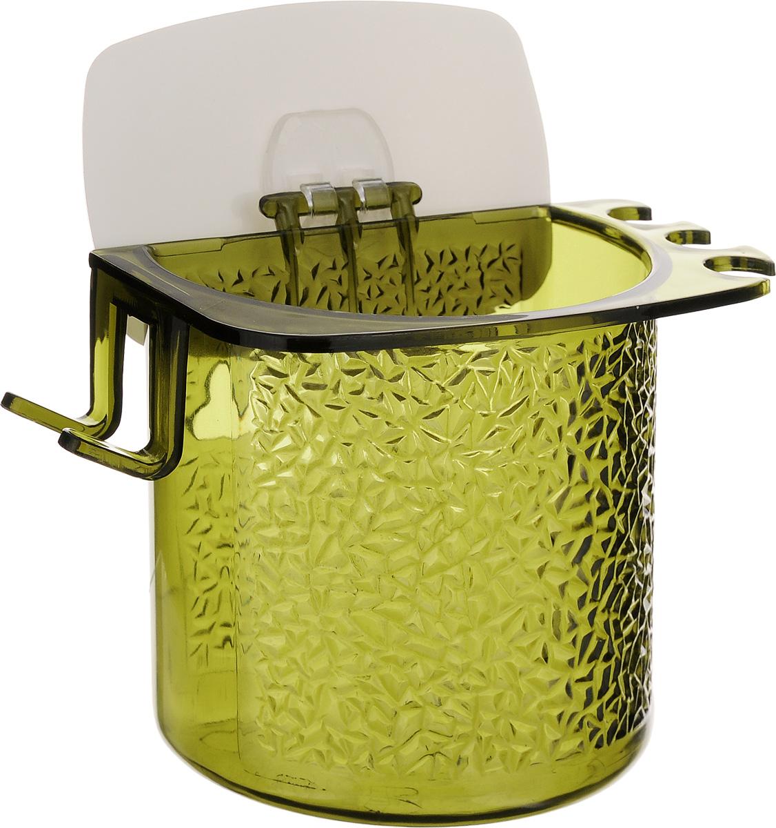 Стакан для ванной Fresh Code, на липкой основе, цвет: зеленый64945_зеленыйСтакан для ванной комнаты Fresh Code выполнен из ABS пластика. Крепление на липкой основе многократного использования идеально подходит для гладкой поверхности. С оборотной стороны изделие оснащено двумя отверстиями для удобного размещения на стене. В стакане удобно хранить зубные щетки, пасту и другие принадлежности. Аксессуары для ванной комнаты Fresh Code стильно украсят интерьер и добавят в обычную обстановку яркие и модные акценты. Стакан идеально подойдет к любому стилю ванной комнаты.
