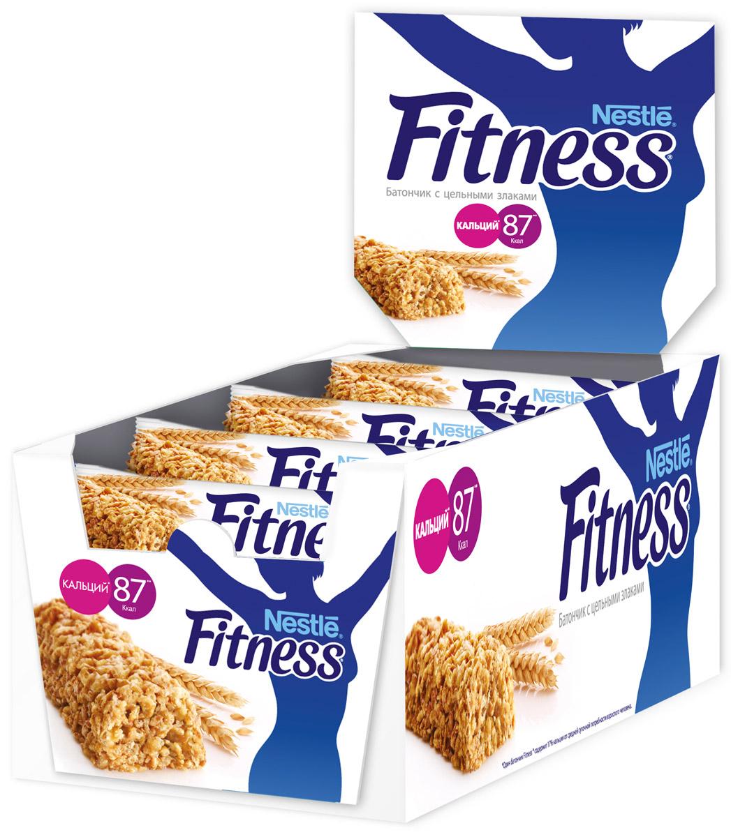 Nestle Fitness батончик с цельными злаками, 24 шт12251582Батончик Nestle Fitness с цельными злаками - полезный перекус без вреда для вашей фигуры! Батончик Fitness содержит много клетчатки и мало жира. Клетчатка в цельных злаках регулирует пищеварение, способствуя поддержанию оптимального веса тела (при условии сбалансированного питания и регулярных физических активностей). Сложные углеводы перевариваются медленнее и позволяют сохранять чувство сытости дольше. Обогащен витаминами D, B2, B6, кальцием и железом. Вес одного батончика: 23,5 г