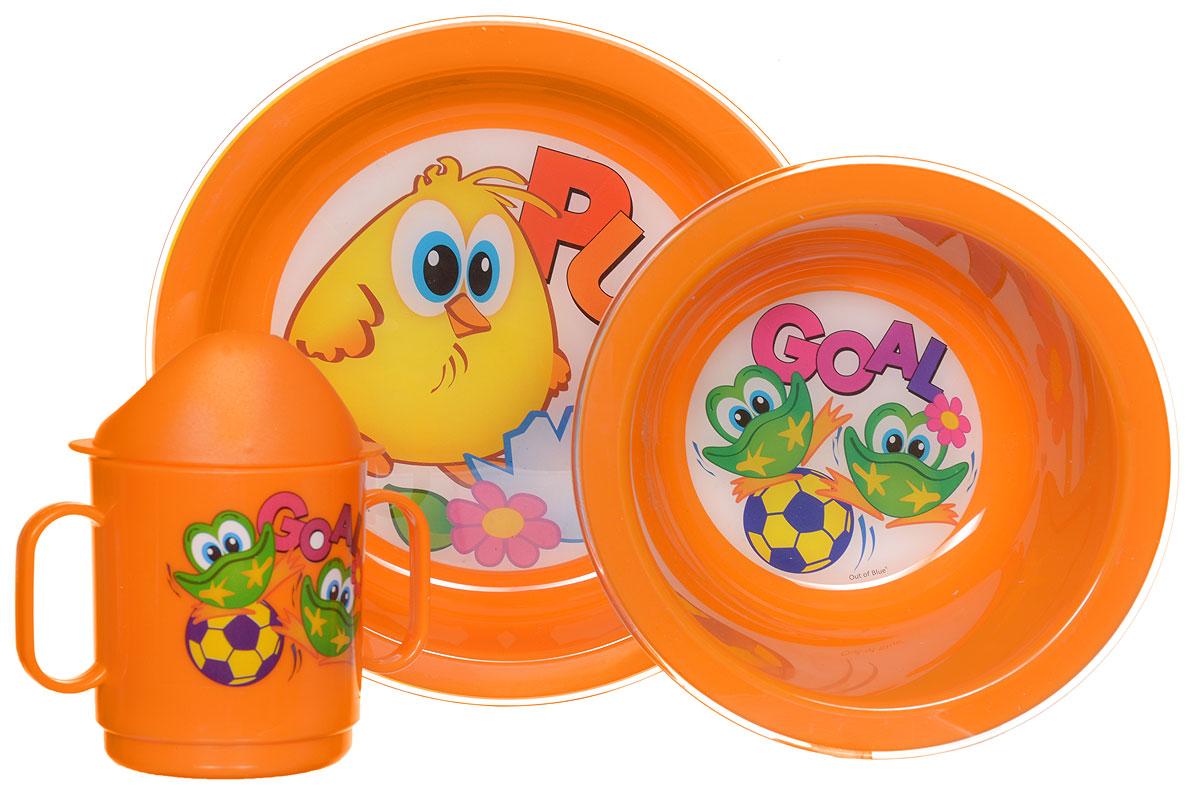 Cosmoplast Набор детской посуды Baby Tris Set Цыпленок 3 предмета2548_оранжевыйНабор детской посуды Cosmoplast Baby Tris Set. Цыпленок состоит из суповой тарелки, обеденной тарелки, чашки с двумя ручками и крышки, при помощи которой чашку можно сделать поильником. Все предметы набора изготовлены из высококачественного пищевого пластика по специальной технологии, которая гарантирует простоту ухода, прочность и безопасность изделий для детей. Предметы сервиза оформлены красочными рисунками, которые обязательно понравятся вашему малышу. Не содержит бисфенол.