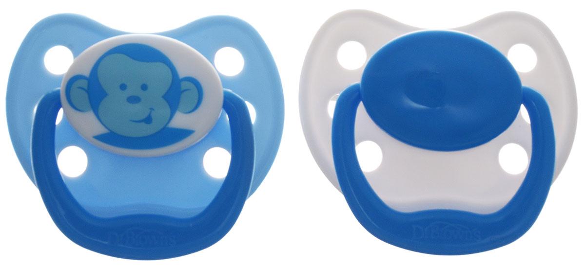 Dr.Browns Пустышка силиконовая ортодонтическая Обезьяна от 12 месяцев цвет голубой 2 шт981_голубой, обезьянаСиликоновая пустышка Dr.Browns. Обезьяна снабжена скошенной соской и традиционным ограничителем с кольцом. Предназначена для ребенка от 12 месяцев. Ортодонтическая пустышка способствует правильному физиологическому развитию ротовой полости, а также правильному развитию неба, языка и зубов малыша. Пустышка имитирует сосок матери в момент кормления грудью, поэтому оптимально подходит по форме для ротовой полости младенца. Исключительно мягкая пустышка, выполненная из прозрачного гигиеничного силикона, не имеющего вкуса и запаха. Загубник пустышки анатомической формы оснащен специальными вентиляционными отверстиями, которые предотвращают накопление слюны и защищают нежную детскую кожу от покраснений и раздражения. Пустышка удовлетворяет естественный сосательный рефлекс и тренирует мышцы губ, языка и челюсти, что играет важную роль в развитии речевых навыков и навыков приема пищи. В комплекте 2 пустышки с защелкивающимися гигиеническими колпачками. Не содержит...