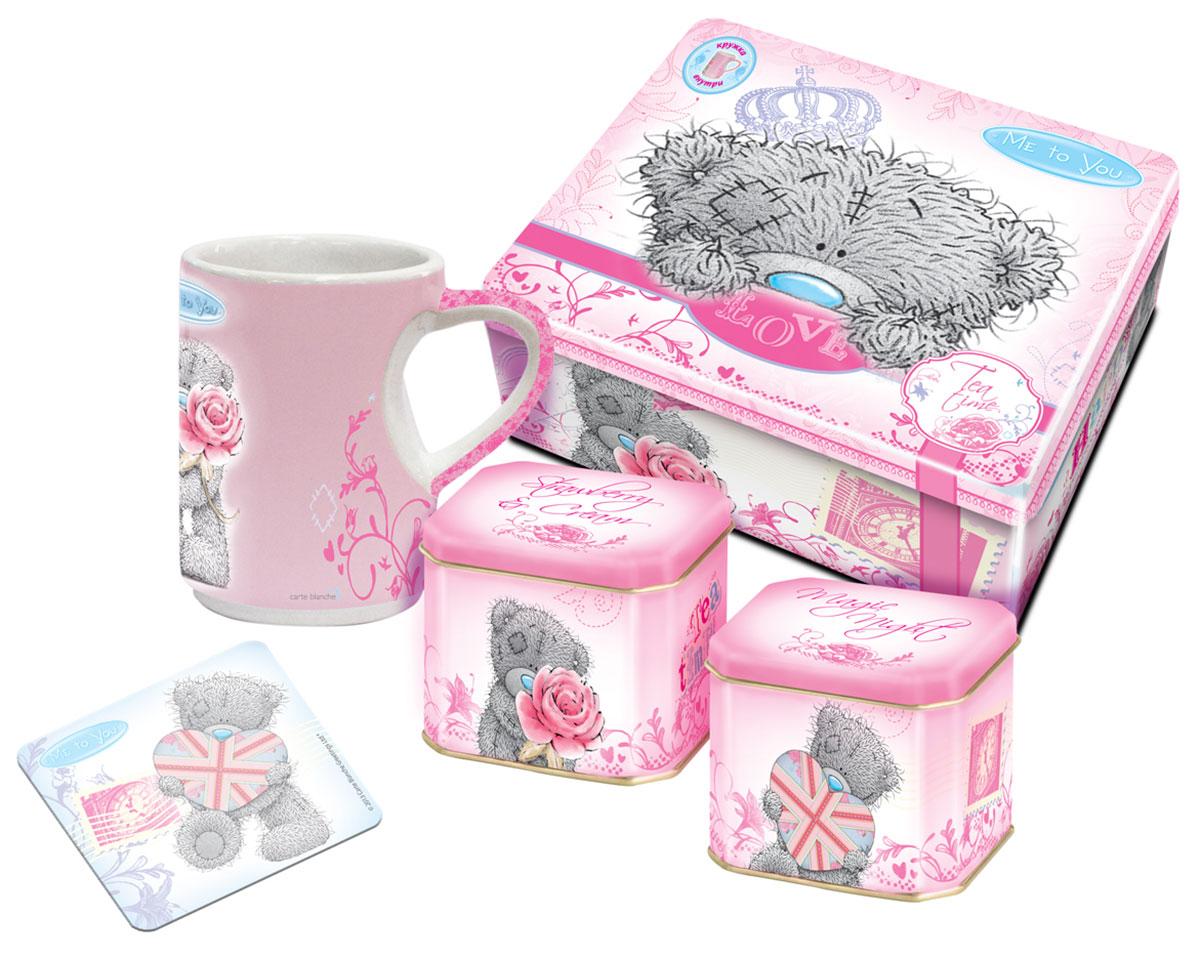 Teabreeze Me to You чайная шкатулка с чашкой и подставкой (розовая), 100 г4620009893456Подарочная чайная шкатулка Teabreeze Me to You с чашкой и подставкой. В состав набора входит: Чай Земляника со сливками Это отличный чайный микс, обладающий незабываемым вкусом лета. Смесь черного байхового чая с листьями и плодами земляники рождает непередаваемые ощущения свежести лесной ягоды в сочетании с мягким и сладким вкусом сливок. Эта великолепная вкусовая консистенция оставляет на языке стойкое и очень приятное послевкусие, напоминающее подогретый солнцем летний лес. Напиток, который получается из ароматной смеси Земляника со сливками приятно бодрит и освежает. Чай Волшебная ночь Просто создан для вечерних чаепитий и долгих разговоров. Основу чая составляет смесь из цейлонского черного чая и китайского зеленого чая Сенча. К ним добавлены лепестки розы и подсолнечника, плоды шиповника, ароматные кусочки папайи, а также натуральные масла дыни, земляники, абрикоса и душистой смородины. Бархатный вкус и...