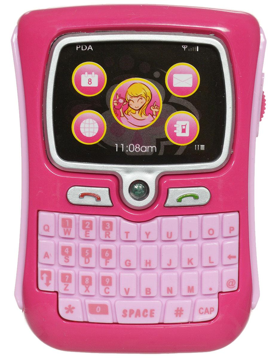 ABtoys Игровой набор Стань настоящей леди!PT-00212Игровой набор ABtoys Стань настоящей леди! создан специально для самых модных девочек своего времени. На этот раз она может стать обладательницей яркого телефона, выполненного в розовых тонах и имеющего стильный дизайн. У него достаточно большой экран и QWERTY-клавиатура. Помимо этого, в комплекте есть чехол розового цвета, чтобы ваша мобильная девочка не поцарапала свою ценную игрушку. Теперь она совсем как взрослая, ведь столько игр могут проходить так, как будто она болтает с подружкой по телефону. Телефон работает от батареек, имеет звуковой модуль, благодаря которому девочка сможет воспроизводить различные звуковые сопровождения своим действиям.