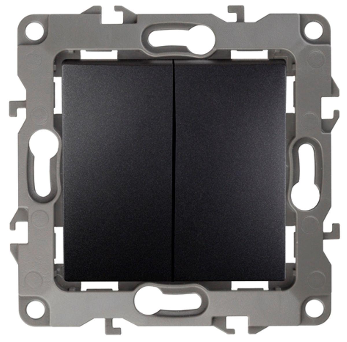 Выключатель ЭРА, двойной, цвет: антрацит, серый. 12-110412-1104-05Двойной выключатель ЭРА выполнен из прочного пластика, контакты бронзовые. Изделие просто в установке, надежно в эксплуатации. Выключатель имеет специальные фиксаторы, которые не дают ему смещаться как при монтаже, так и в процессе эксплуатации. Автоматические зажимы кабеля обеспечивают быстрый и надежный монтаж изделия к электросети без отвертки и не требуют обслуживания в отличие от винтовых зажимов.
