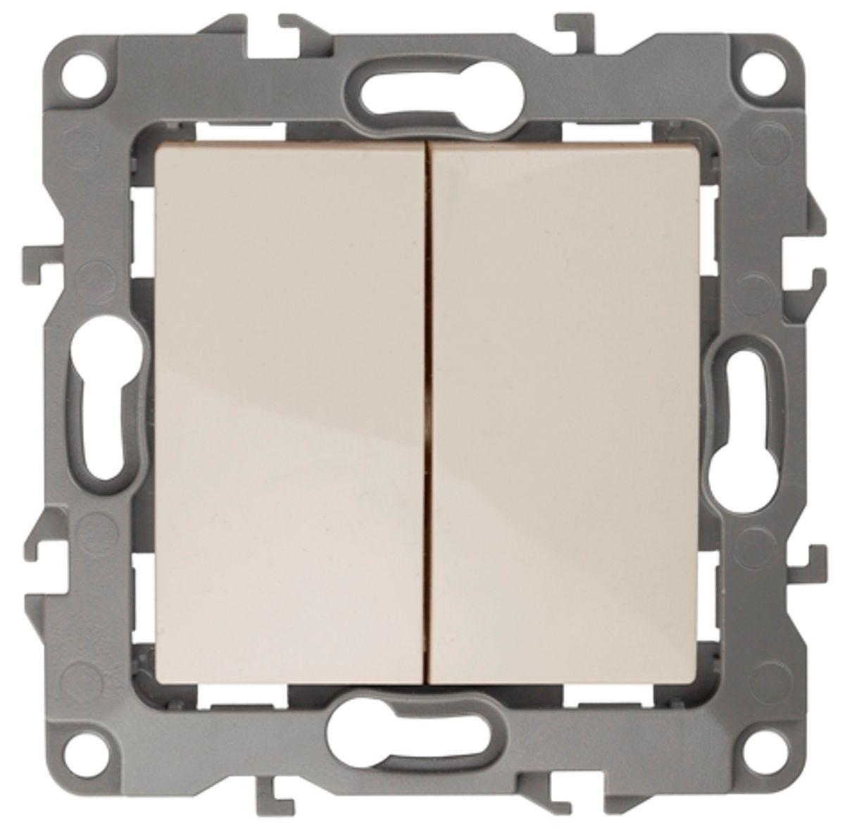 Выключатель ЭРА, двойной, цвет: слоновая кость, серый. 12-100412-1004-02Двойной выключатель ЭРА выполнен из прочного пластика, контакты бронзовые. Изделие просто в установке, надежно в эксплуатации. Выключатель имеет специальные фиксаторы, которые не дают ему смещаться как при монтаже, так и в процессе эксплуатации. Автоматические зажимы кабеля обеспечивают быстрый и надежный монтаж изделия к электросети без отвертки и не требуют обслуживания в отличие от винтовых зажимов. УВАЖАЕМЫЕ КЛИЕНТЫ! Обращаем ваше внимание на тот факт, что монтажные лапки в комплект не входят.