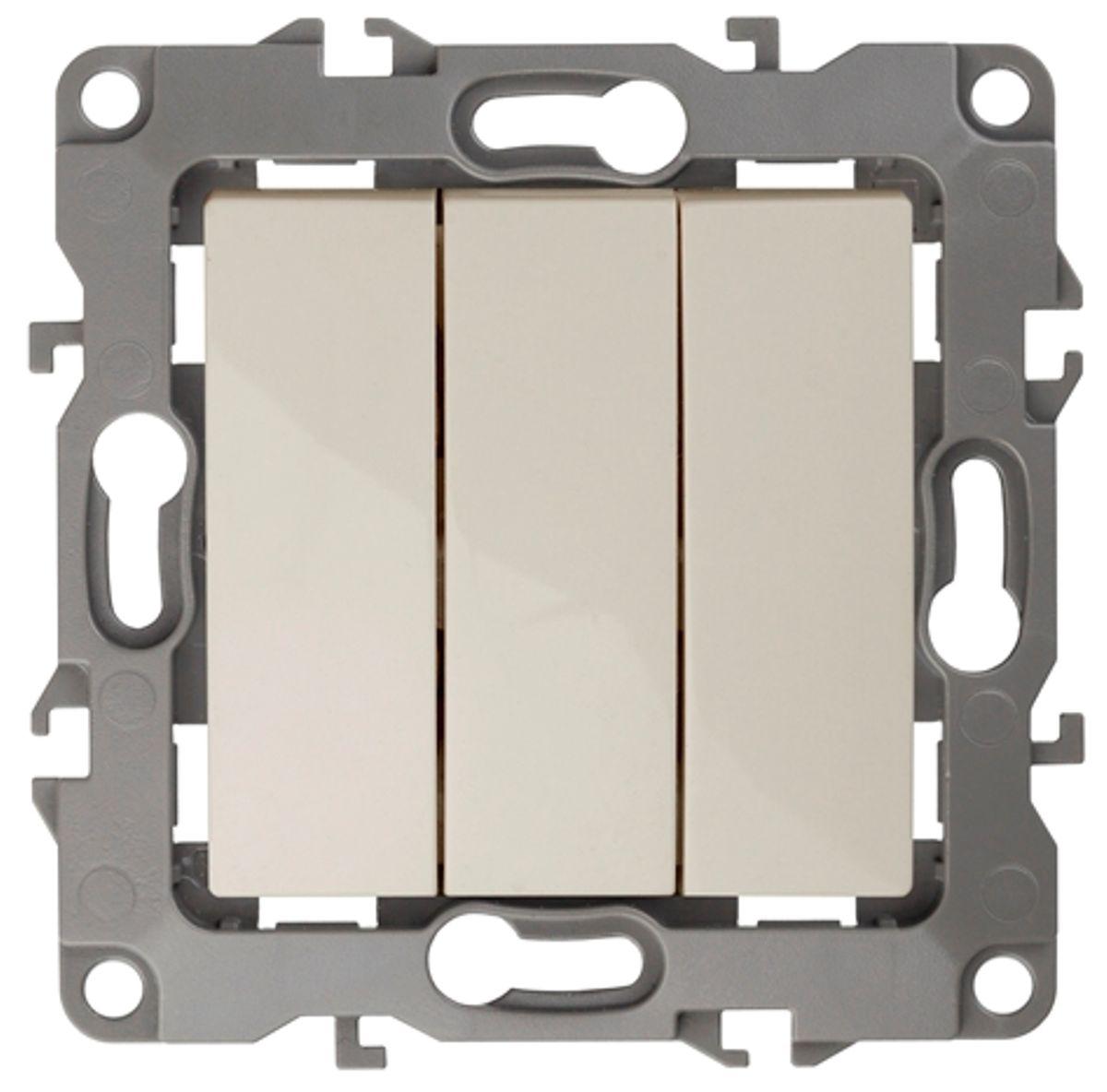 Выключатель ЭРА, тройной, цвет: слоновая кость, серый. 12-110712-1107-02Тройной выключатель ЭРА выполнен из прочного пластика, контакты бронзовые. Изделие просто в установке, надежно в эксплуатации. Выключатель имеет специальные фиксаторы, которые не дают ему смещаться как при монтаже, так и в процессе эксплуатации. Автоматические зажимы кабеля обеспечивают быстрый и надежный монтаж изделия к электросети без отвертки и не требуют обслуживания в отличие от винтовых зажимов.
