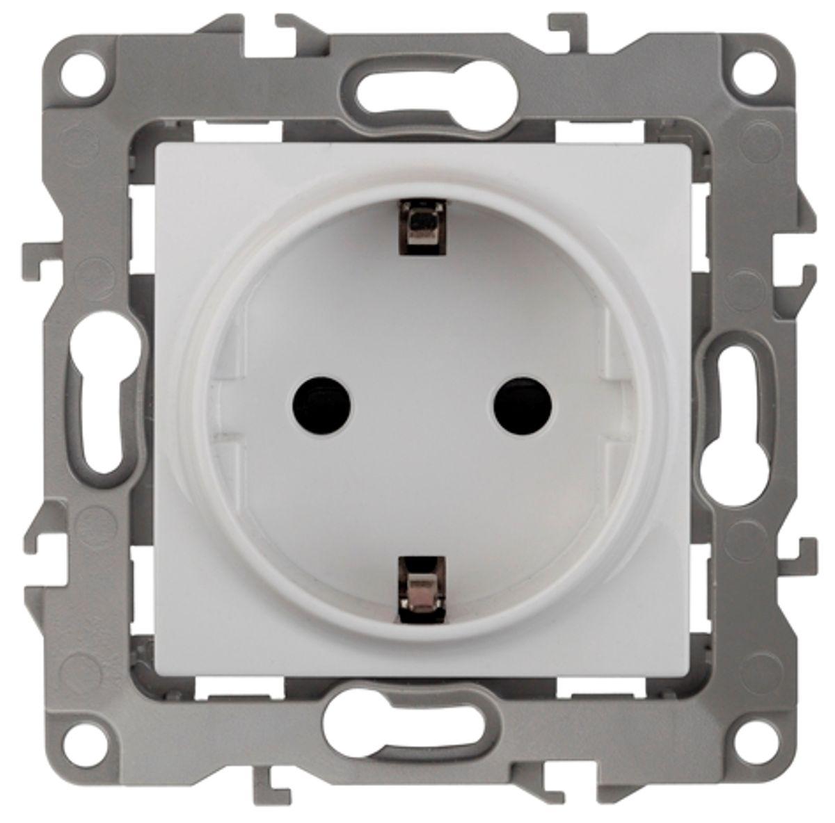 Розетка одинарная Эра, цвет: белый. 12-2101-0112-2101-01Одинарная розетка Эра с заземлением, скрытой установки, имеет бронзовые контакты и фиксаторы модулей. Автоматические зажимы кабеля обеспечивают быстрый и надежный монтаж изделия к электросети без отвертки и не требуют обслуживания в отличие от винтовых зажимов.