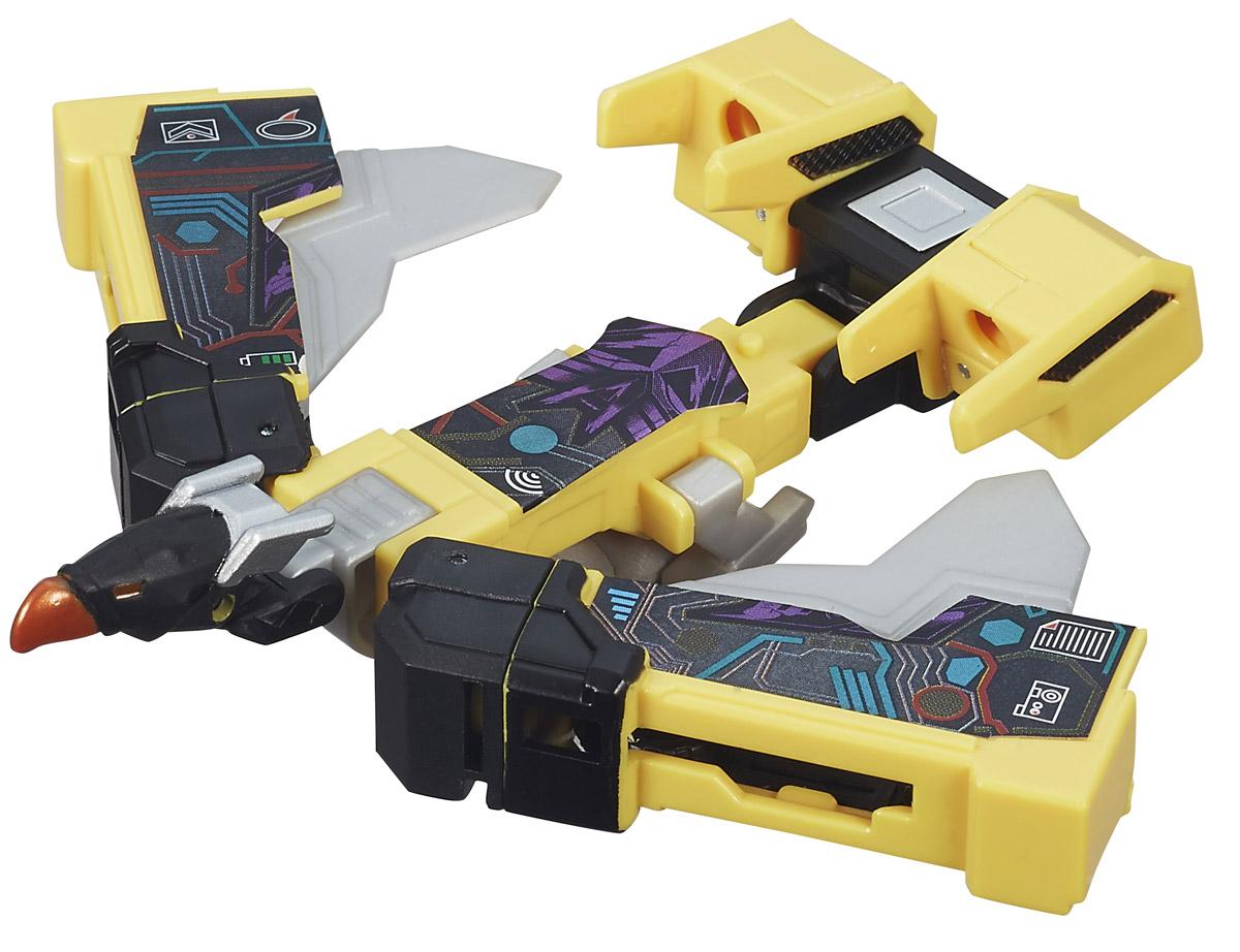 Transformers Трансформер BuzzsawB0971_B4665Трансформер Transformers Buzzsaw обязательно привлечет внимание всех поклонников знаменитых Трансформеров! Фигурка выполнена из прочного пластика в виде трансформера- Buzzsaw. Руки и ноги робота подвижны. В несколько простых шагов малыш сможет трансформировать фигурку робота в боевую машину. Ребенок с удовольствием будет играть с фигуркой, придумывая разные
