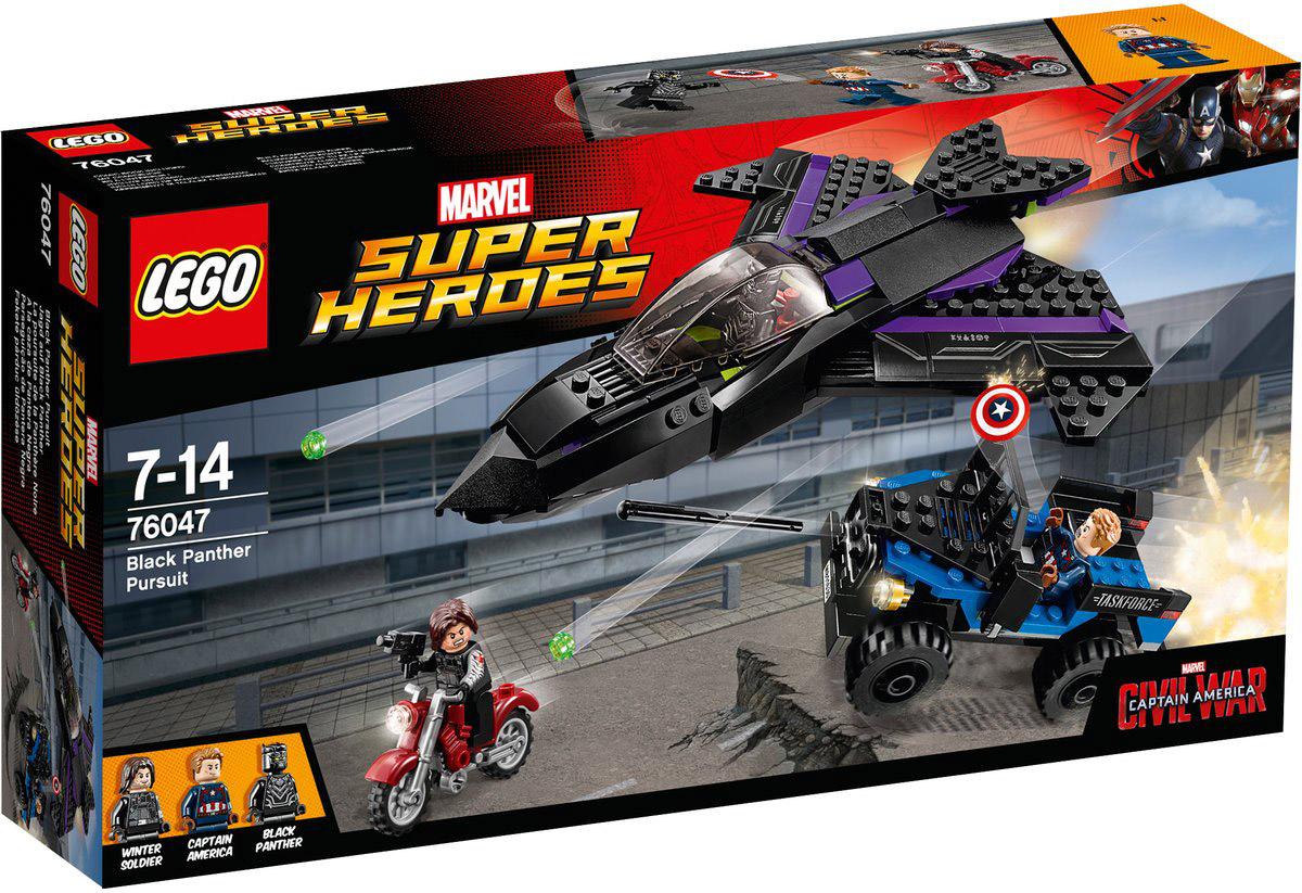 LEGO Super Heroes Конструктор Преследование Черной Пантеры 7604776047Откройте огонь по Зимнему солдату, мчащемуся на своем мотоцикле, из оружия на реактивном самолете. Вступайте в высокотехнологичный бой вместе с Капитаном Америка. Начните огонь из пружинного пистолета 4 x 4 и отбросьте щит Капитана Америка в воздух! Набор включает в себя 287 разноцветных пластиковых элементов. Конструктор станет замечательным сюрпризом вашему ребенку, который будет способствовать развитию мелкой моторики рук, внимательности, усидчивости и мышления. Играя с конструктором, ребенок научится собирать детали по образцу, проводить время с пользой и удовольствием.
