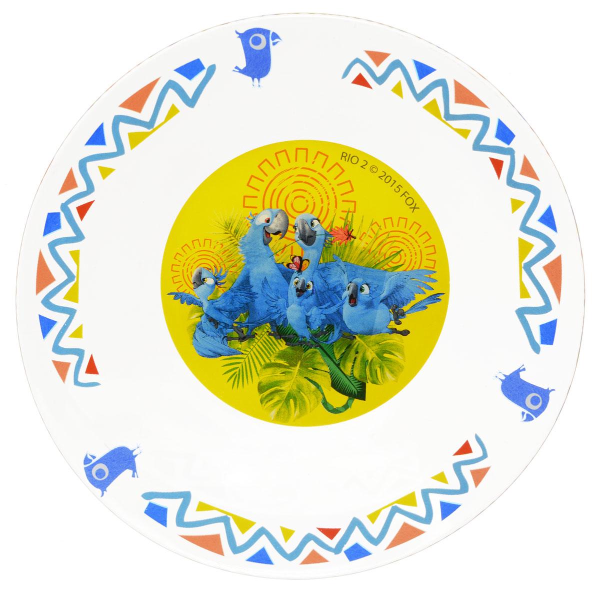 Рио Тарелка детская диаметр 19,5 см11135202Яркая тарелка Рио идеально подойдет для кормления малыша и самостоятельного приема им пищи. Тарелка выполнена из стекла и оформлена высококачественным изображением героев мультфильма Рио-2. Такой подарок станет не только приятным, но и практичным сувениром, добавит ярких эмоций вашему ребенку! Не подходит для использования в посудомоечной машине.