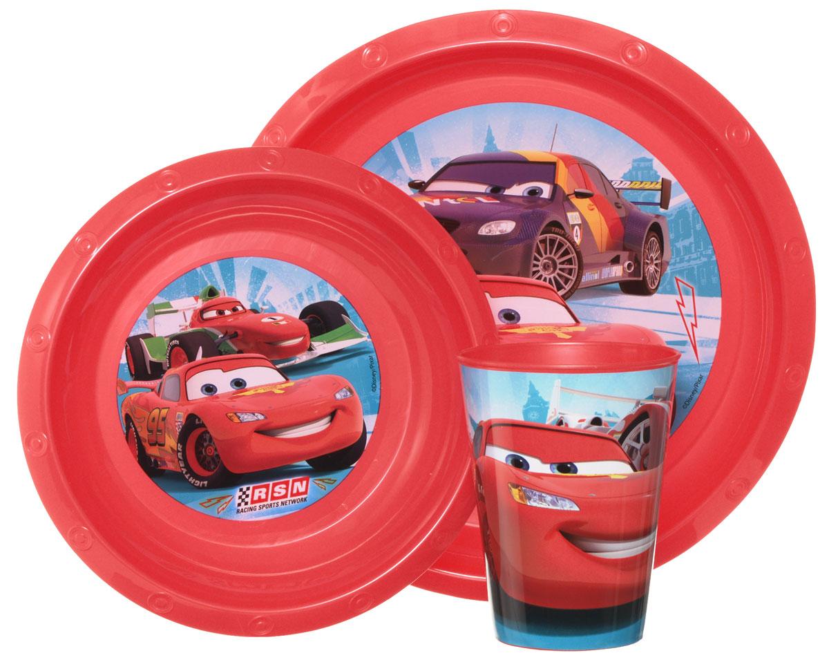 Disney Набор детской посуды Cars 3 предмета52310Красочный набор посуды Disney Cars, выполненный из качественного полипропилена, идеально подойдет для повседневного использования. В комплект входят: тарелка диаметром 23 см, миска диаметром 16 см и стаканчик объемом 270 мл. Все предметы выполнены в оригинальном дизайне с изображениями героев мультфильма Тачки. Набор посуды непременно доставит массу удовольствия своему обладателю.