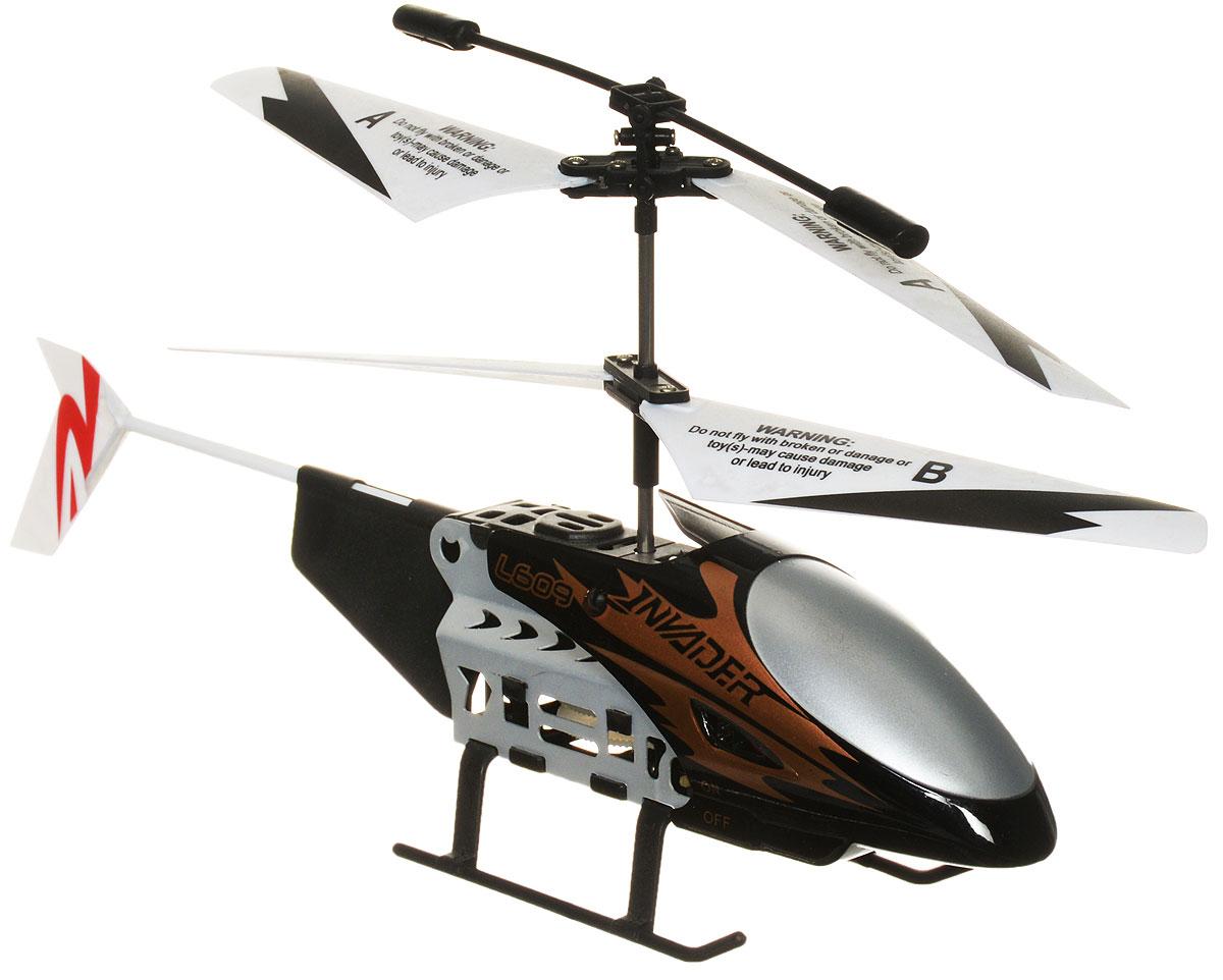 Bluesea Вертолет на инфракрасном управлении L608 цвет бронзовый черный белыйL608Вертолет на инфракрасном управлении Bluesea L608 со световыми эффектами привлечет внимание не только ребенка, но и взрослого и станет отличным подарком любителю воздушной техники. Вертолет оснащен встроенным гироскопом, который поможет скорректировать и устранить нежелательные вращения корпуса вертолета, благодаря чему сохранится высокая устойчивость полета. Каркас вертолета выполнен из пластика с использованием металла. Вертолет имеет двухканальное дистанционное управление. Модель идеально подходит для игры внутри помещения. Зарядка аккумулятора осуществляется как от пульта управления, так и через USB с помощью специального кабеля (в комплекте). Имеются световые эффекты. В комплект входят вертолет, пульт управления, две запасные лопасти, отвертка, кабель зарядки USB. Каждый полет вертолета будет максимально комфортным и принесет вам яркие впечатления! Вертолет работает от встроенного аккумулятора. Для работы пульта управления необходимы 6 батареек...