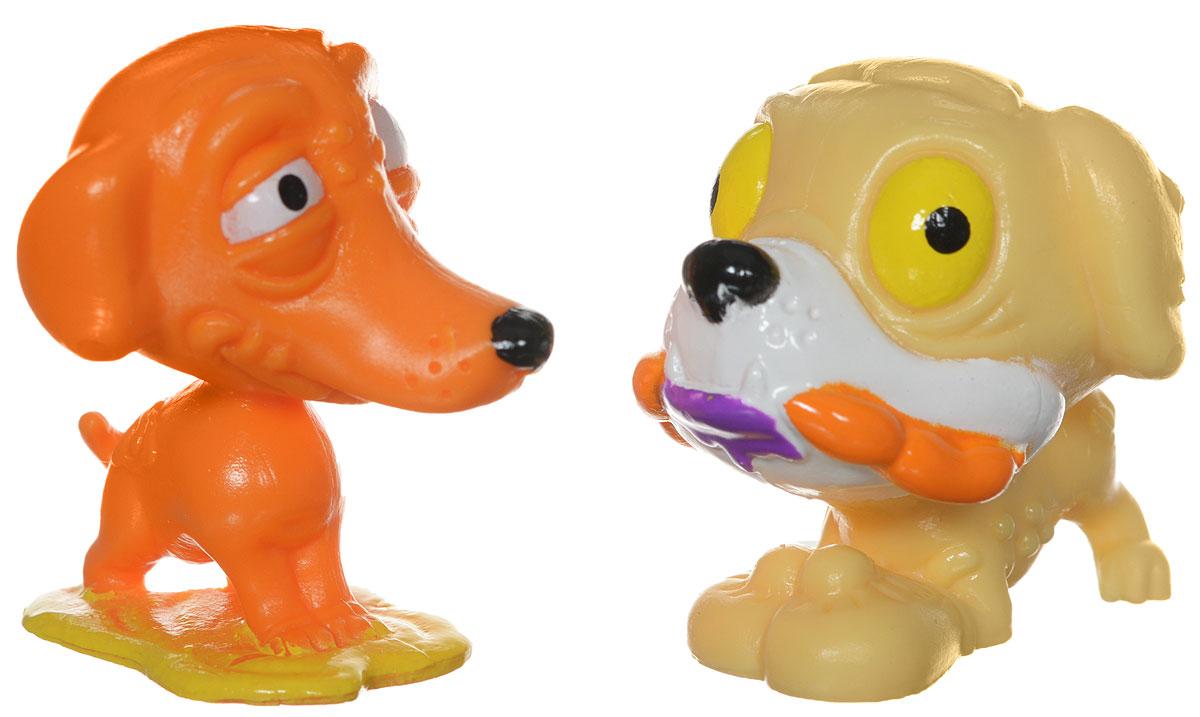 Ugglys Pet Shop Набор фигурок 2 шт19438Мини-фигурки Хулиганские животные, поставляются в необычной упаковке. Внешне она стилизована под бочку. На ней видны всевозможные аксессуары для питомцев, подтёки и даже надкусанные места. Внутри вы найдёте вкладыш со всеми питомцами коллекции и две фигурки, запаянные в индивидуальную упаковку. Фигурки изготовлены из прорезиненного материала, приятного на ощупь и абсолютно безопасного для детей. Супер редкие фигурки - мягкие, их можно мять и использовать в качестве антистрессовых игрушек.