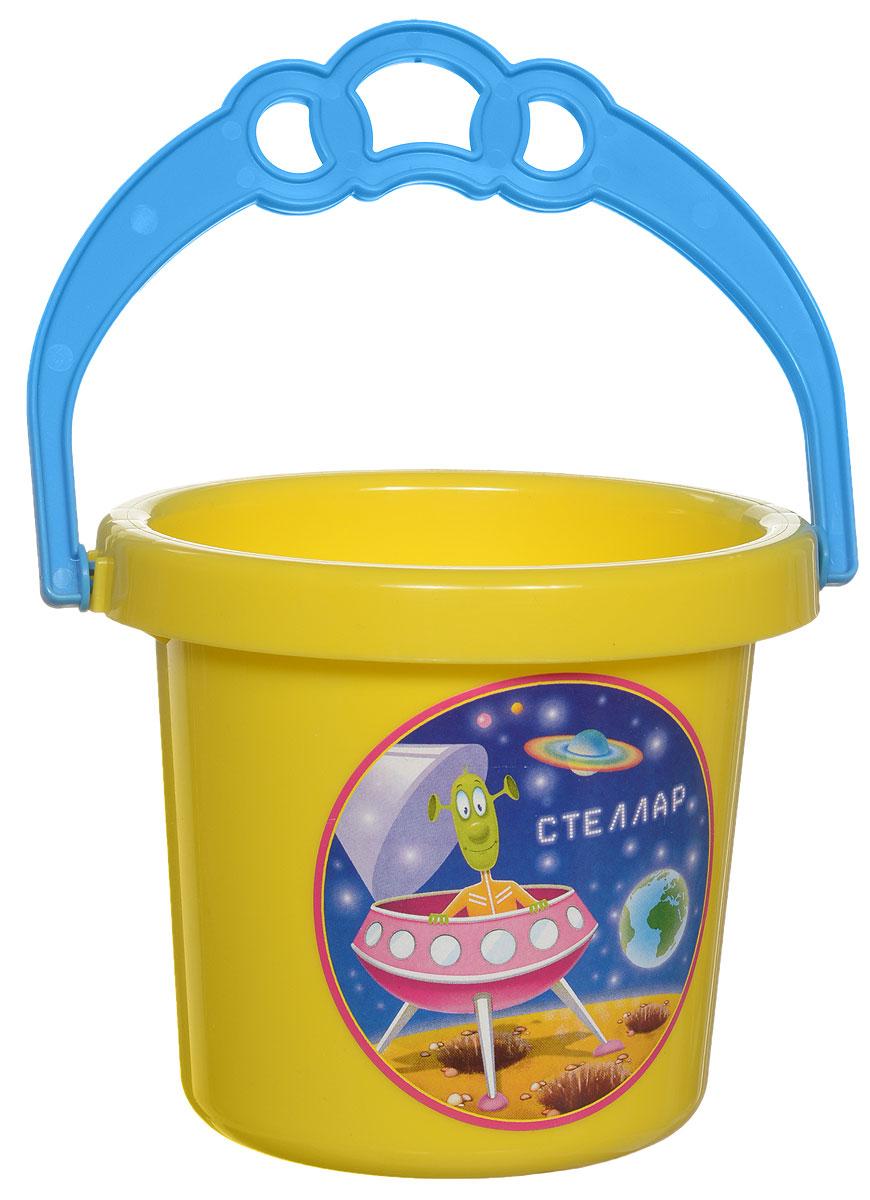 Stellar Ведро цвет желтый 0,8 л1219_желтыйДетское ведерко Stellar привлечет внимание вашего ребенка и станет незаменимым аксессуаром его игр в песочнице. Ведро выполнено из безопасного пластика и декорировано наклейкой с ярким рисунком. С помощью него ребенок сможет переносить песок и воду, лепить замки и многое другое. С таким ведерком игры на свежем воздухе принесут вашему малышу одно удовольствие! Объем ведра: 0,8 л.