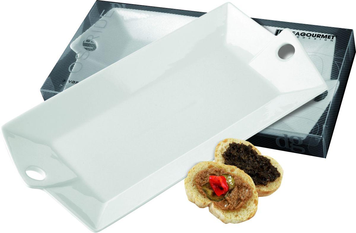 Блюдо Deagourmet, 25,5 x 12,5 см28Оригинальное блюдо Deagourmet, выполненное из высококачественного фарфора, оснащено двумя ручками. Изящный дизайн придется по вкусу и ценителям классики, и тем, кто предпочитает утонченность. Блюдо Deagourmet идеально подойдет для сервировки стола и станет отличным подарком к любому празднику. Размер блюда по верхнему краю: 25,5 х 12,5 см.