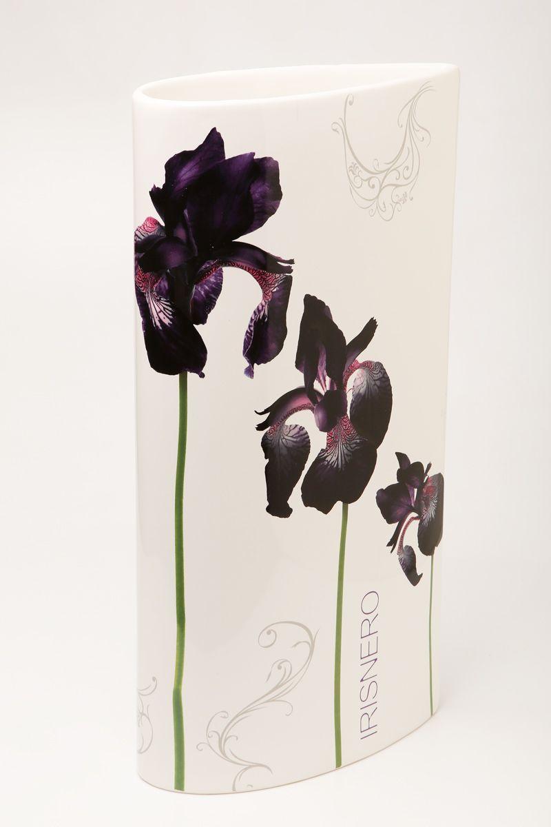 Ваза Ceramiche Viva Черные ирисы, высота 30 см72175Изящная ваза Ceramiche Viva Черные ирисы изготовлена из керамики и оформлена цветочным рисунком. Изделие сочетает в себе оригинальный дизайн с максимальной функциональностью. Ваза Ceramiche Viva Черные ирисы дополнит интерьер офиса или дома и станет желанным подарком для ваших близких. Диаметр вазы: 16 см. Высота вазы: 30 см.