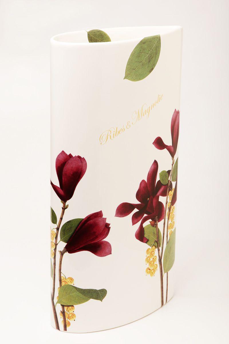 Ваза Ceramiche Viva Магнолия, высота 40 см85174Изящная ваза Ceramiche Viva Магнолия изготовлена из керамики и оформлена цветочным рисунком. Изделие сочетает в себе оригинальный дизайн с максимальной функциональностью. Ваза Ceramiche Viva Магнолия дополнит интерьер офиса или дома и станет желанным подарком для ваших близких. Диаметр вазы: 21 см. Высота вазы: 40 см.